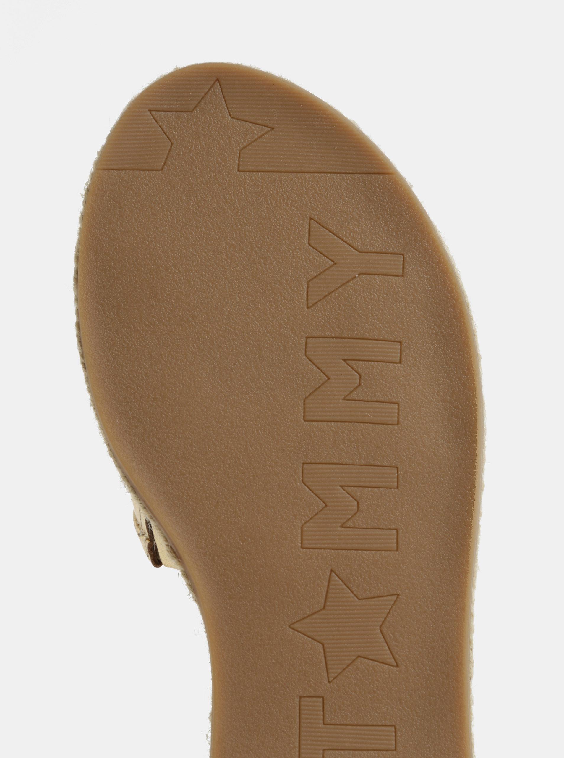 Dámské kožené pantofle ve zlaté barvě Tommy Hilfiger ... 96b1fa9e977