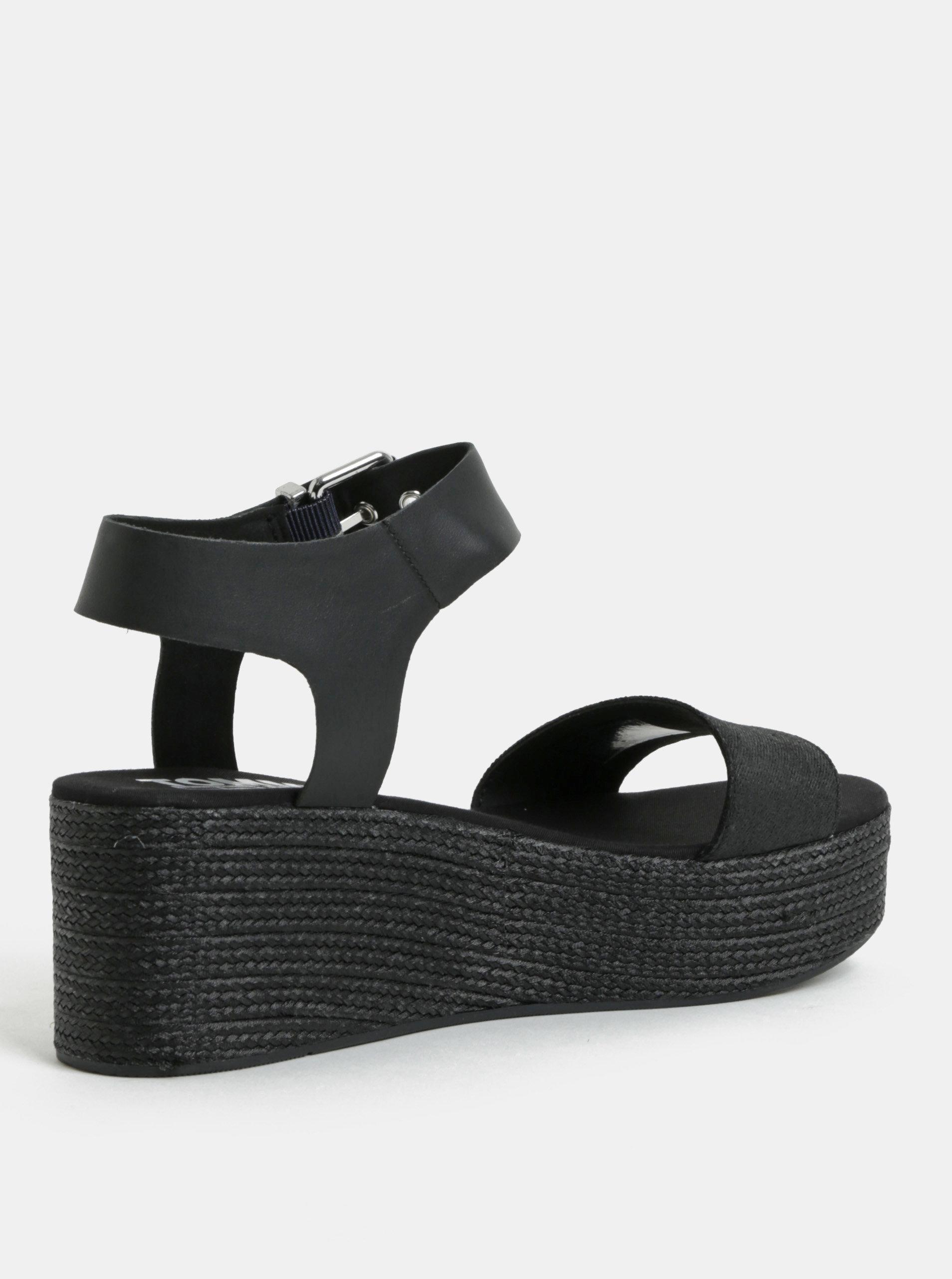 54a52fea246e Čierne dámske sandále na klinovom podpätku Tommy Hilfiger ...