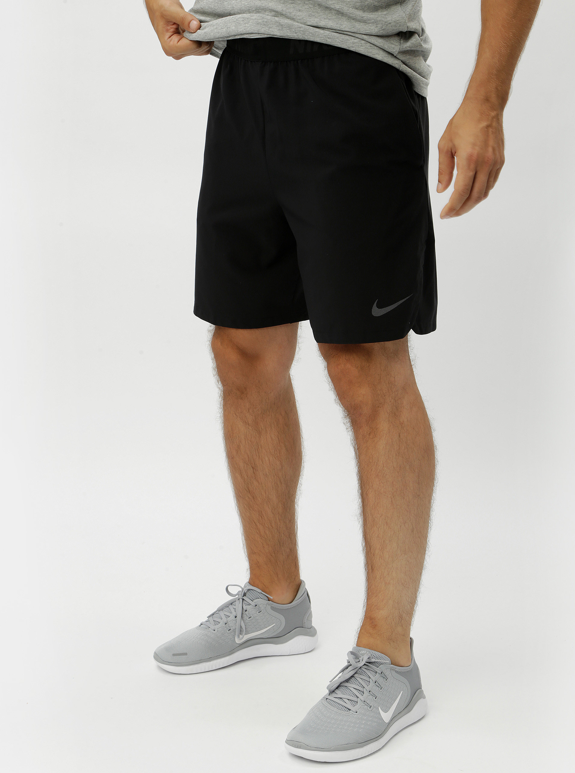 Černé pánské sportovní kraťasy s kapsami Nike ... 196b13b7cb