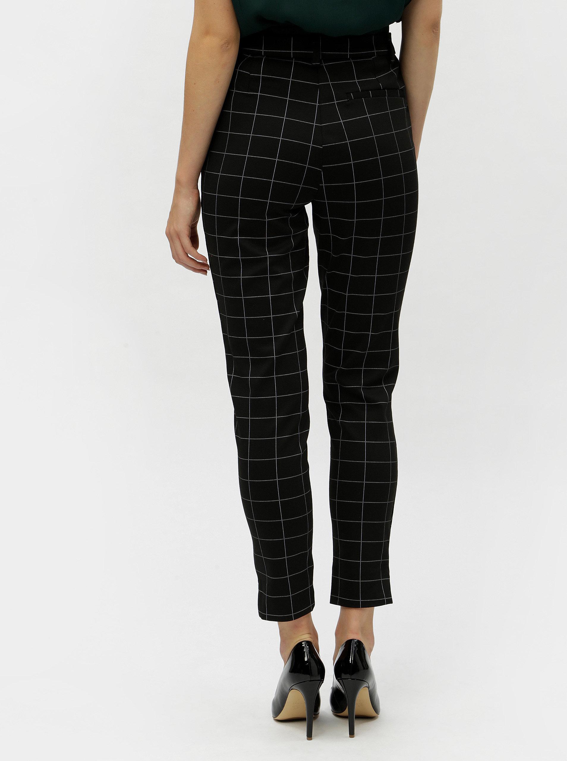 9b47fbfb275 Černé kostkované zkrácené kalhoty VERO MODA Hella ...