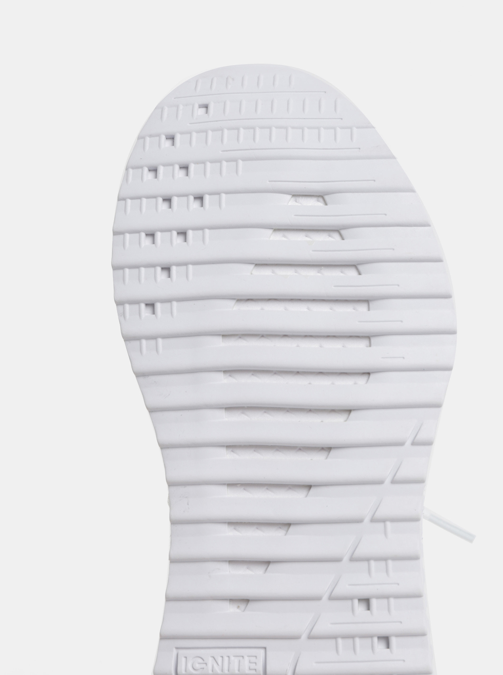 661284e48b15 Biele dámske tenisky Puma Tsugi Apex evoKnit ...