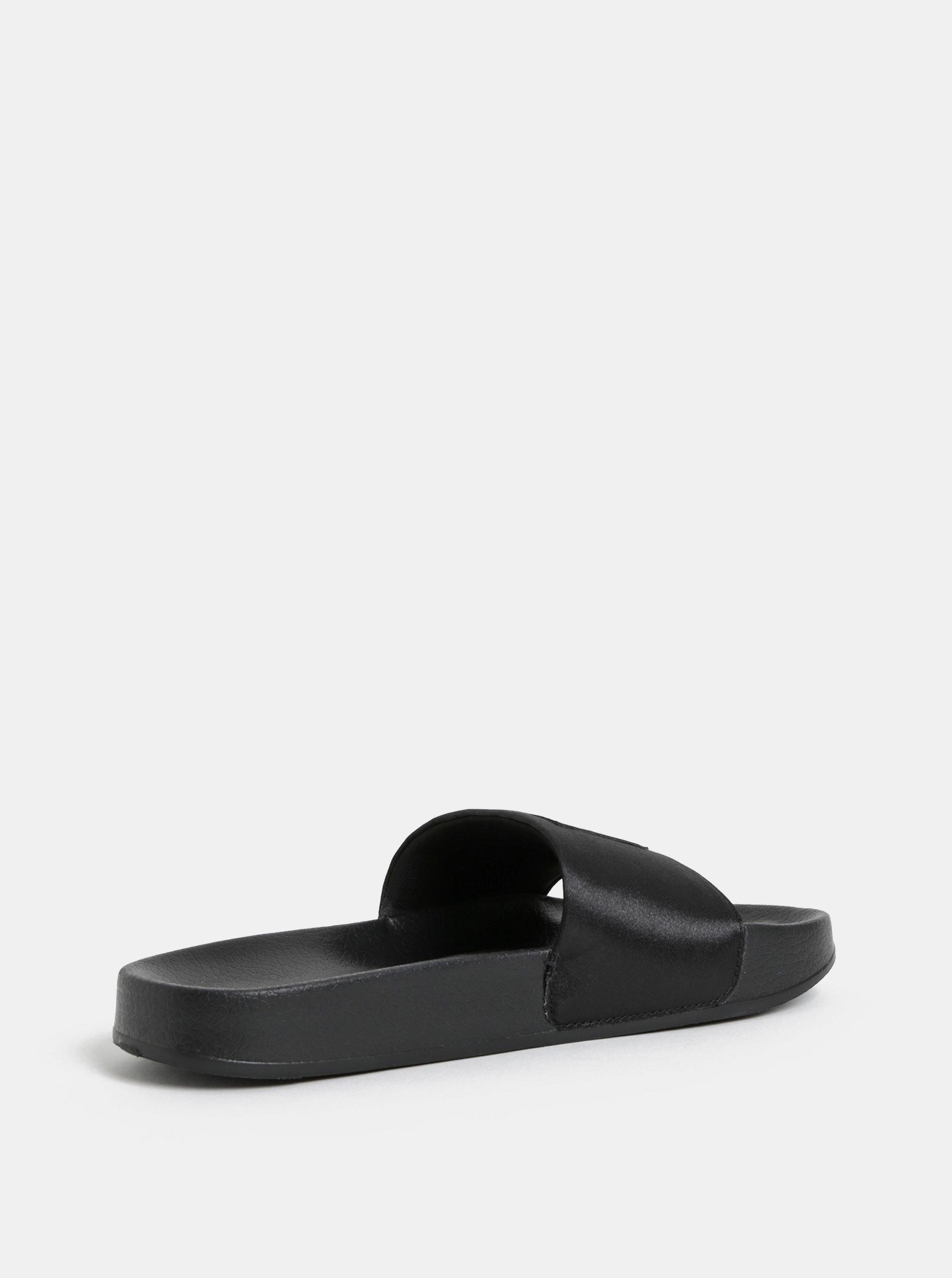 Černé dámské lesklé pantofle s plastickým logem Puma Leadcat ... e490ddeb61