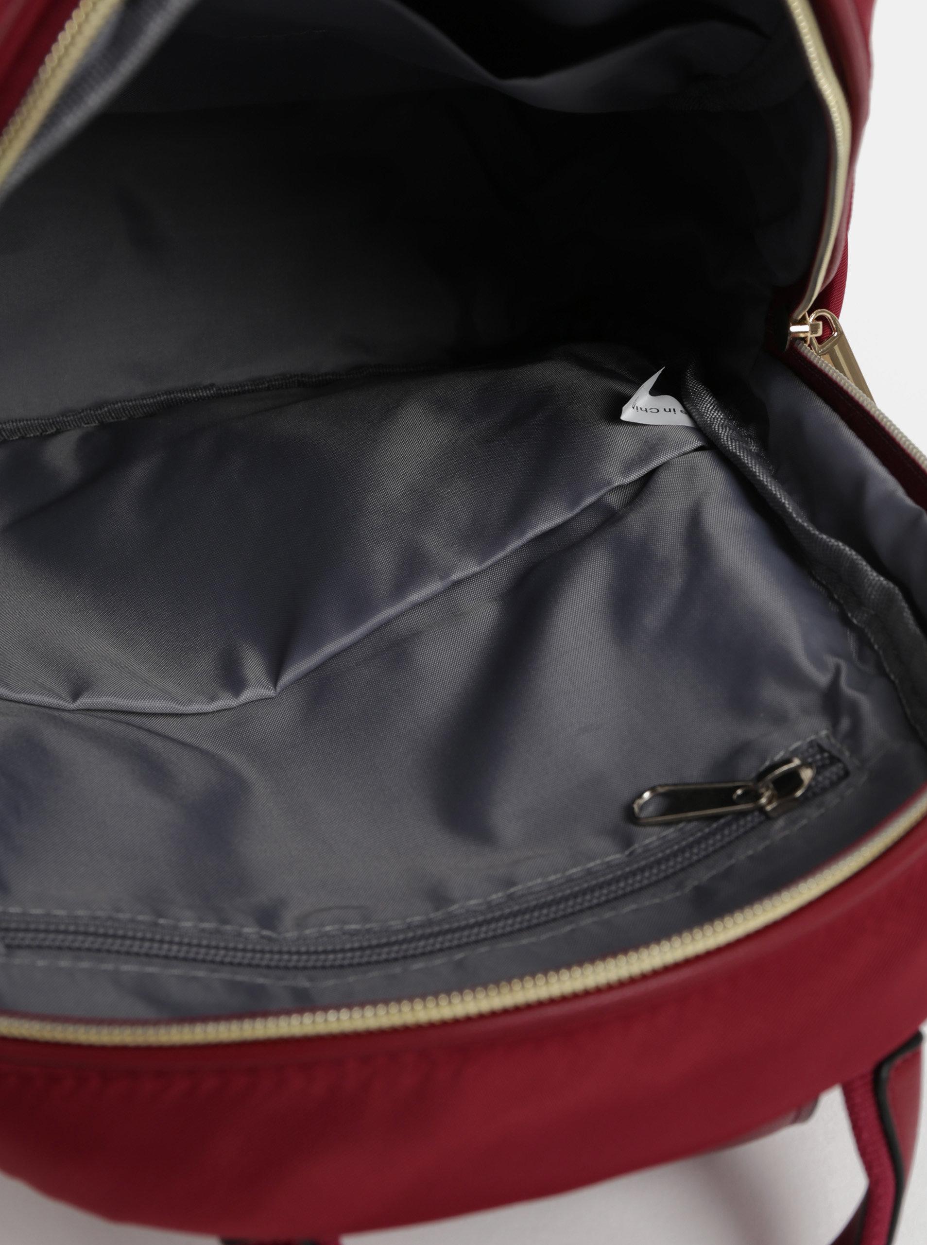 Červený batoh s detaily ve zlaté barvě ZOOT ... bc57d2b6850