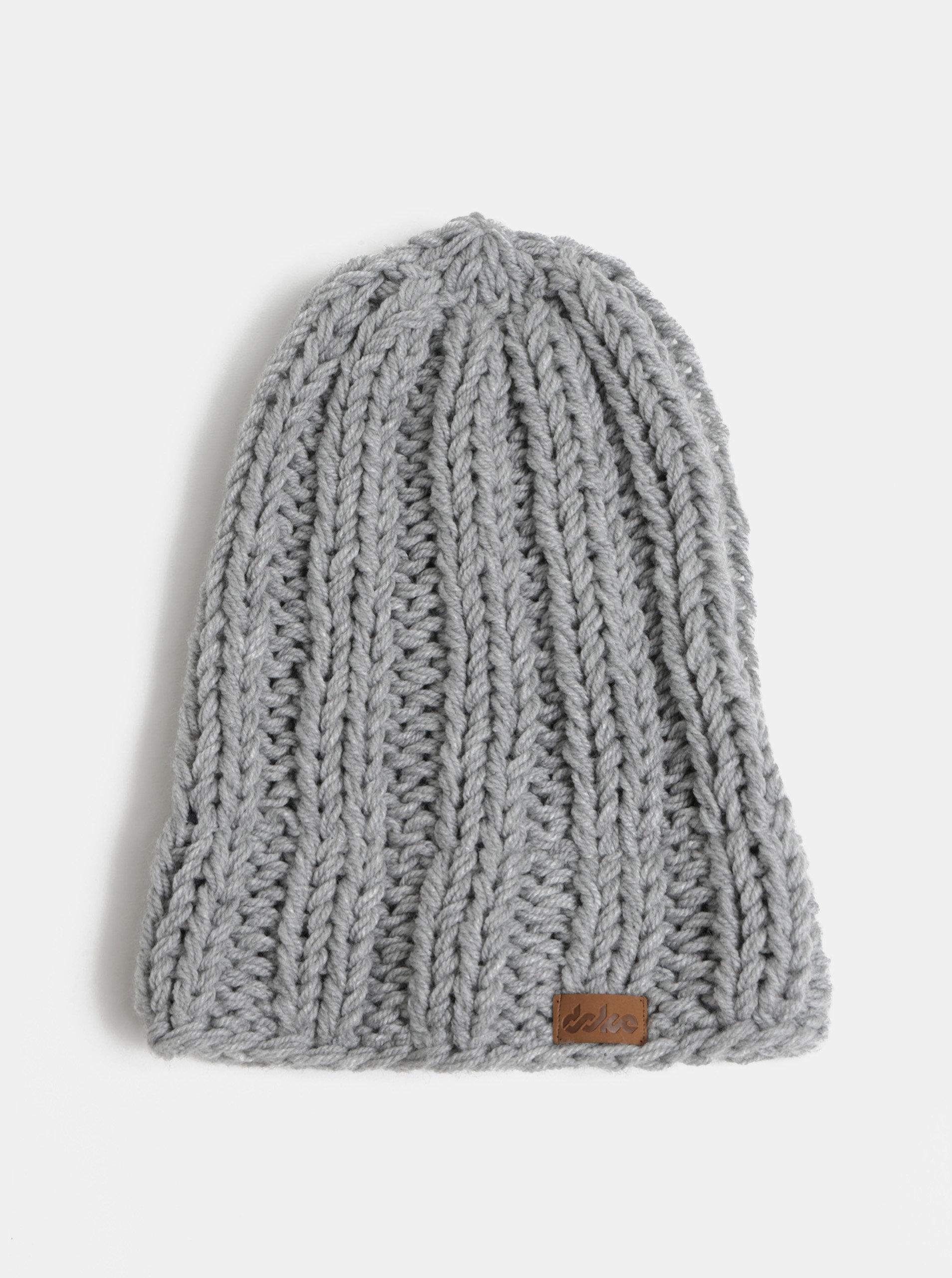 Světle šedá pletená zimní čepice DOKE