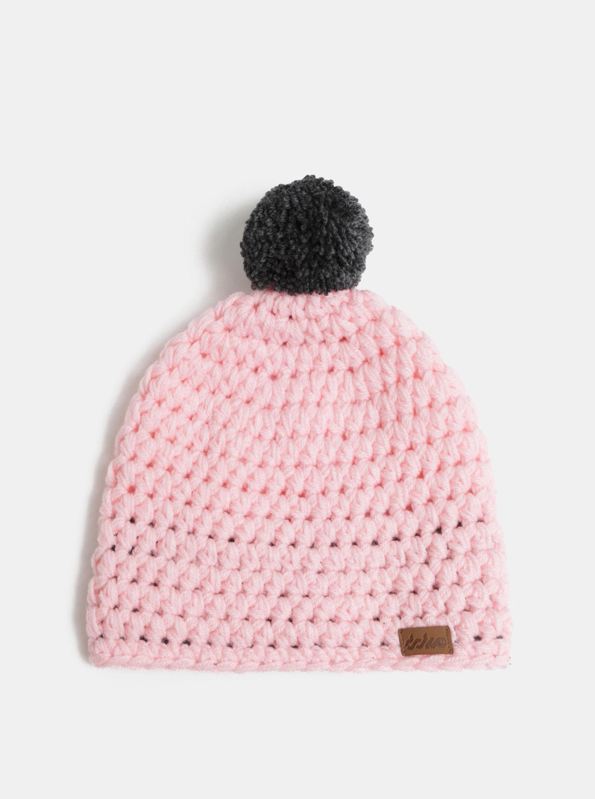0fb4ff5e84a Světle růžová pletená zimní čepice s bambulí DOKE ...