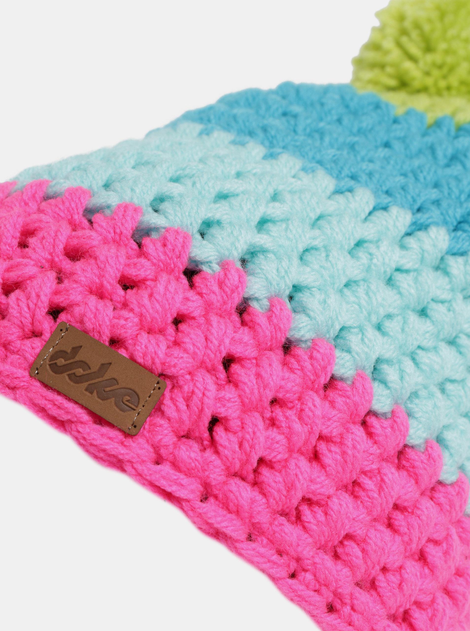 4ff780bc718 Růžovo-modrá zimní pletená čepice s bambulí DOKE ...