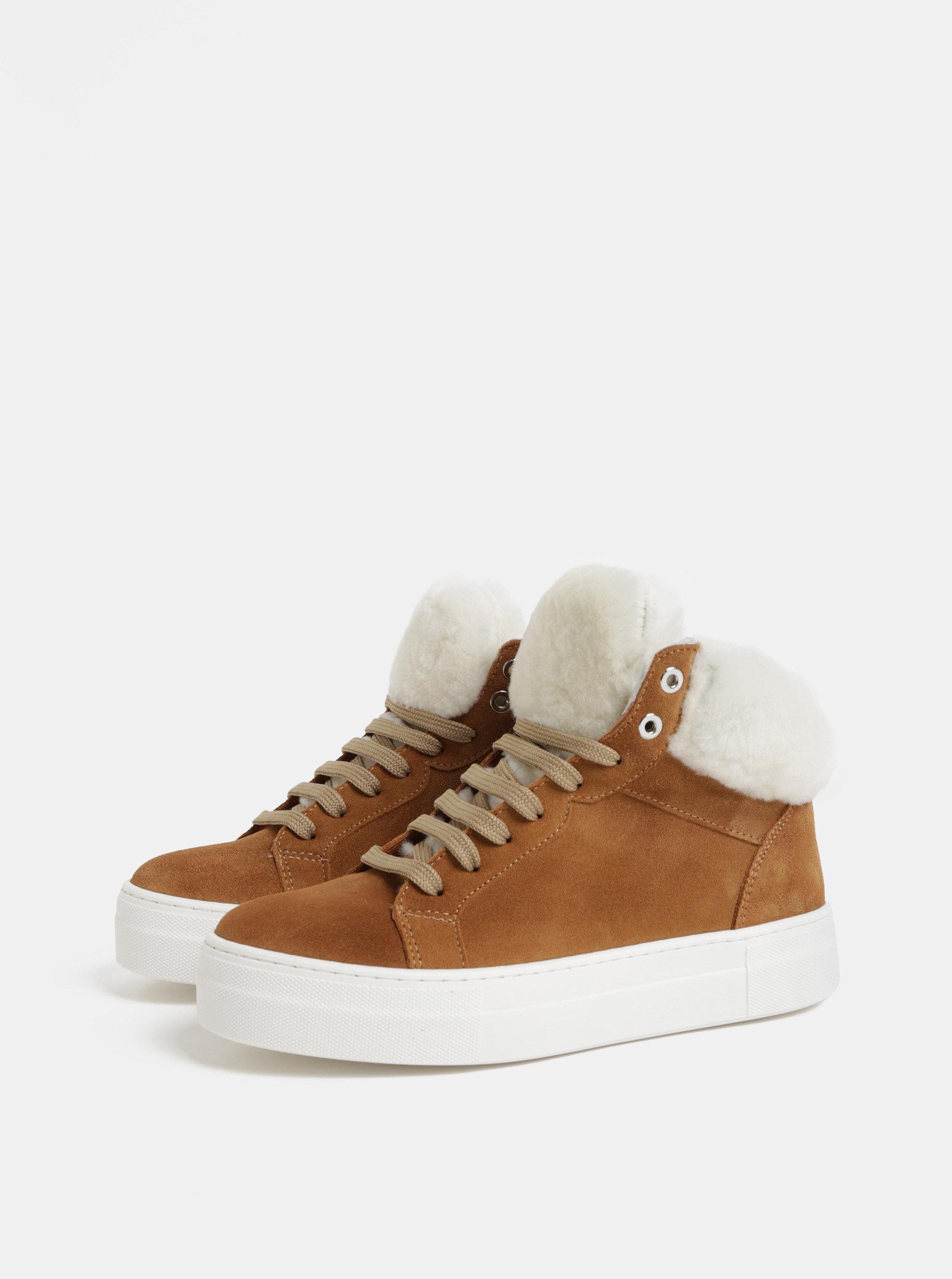 a9a6c0437b Svetlohnedé členkové semišové zimné topánky s umelou kožušinkou OJJU ...