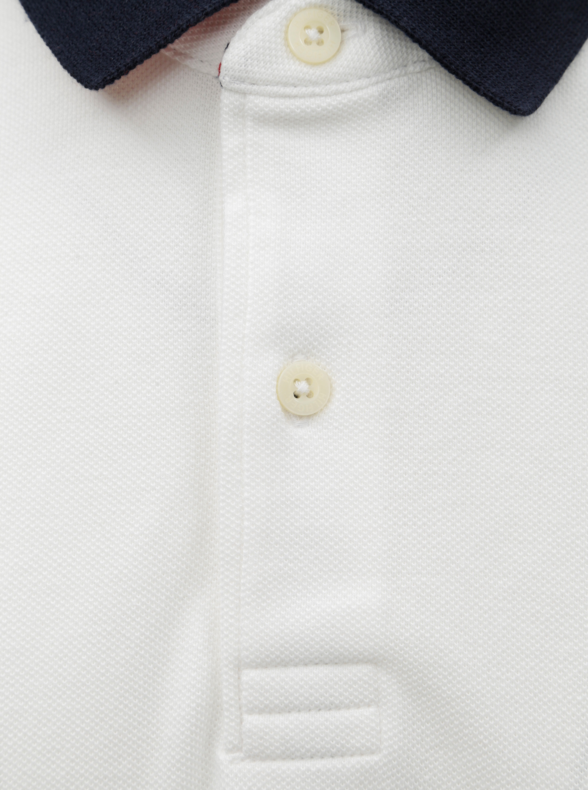Bílé pánské regular fit polo tričko Tommy Hilfiger ... 0084eba89fd