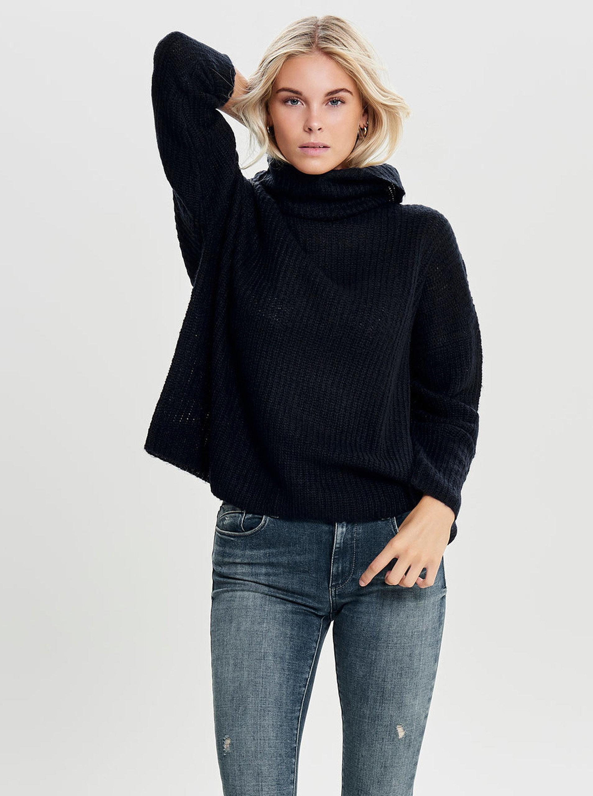 Tmavě modrý svetr s rolákem Jacqueline de Yong