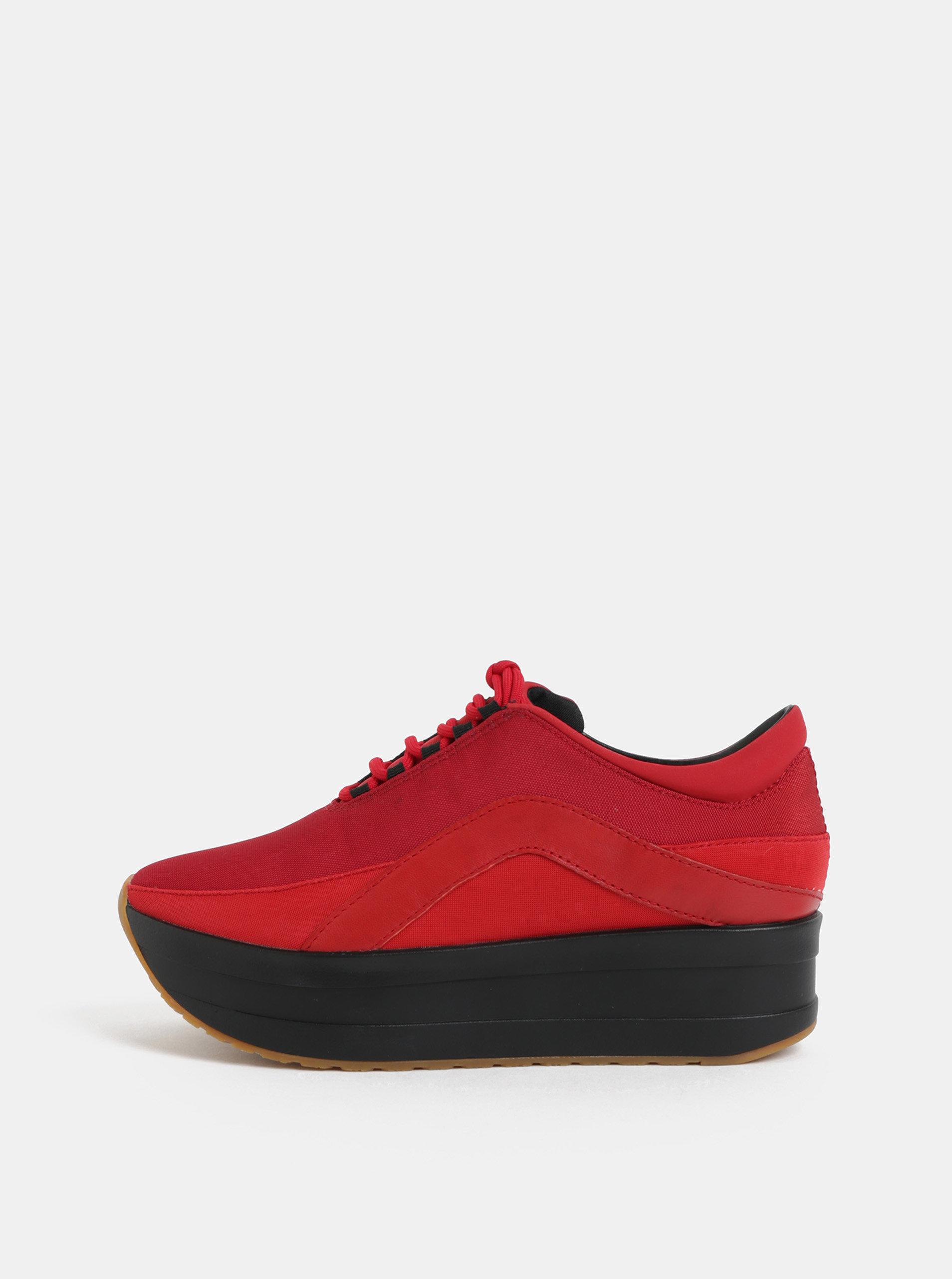 Čierno–červené dámske tenisky na platforme Vagabond Casey ... 587cc62e85b