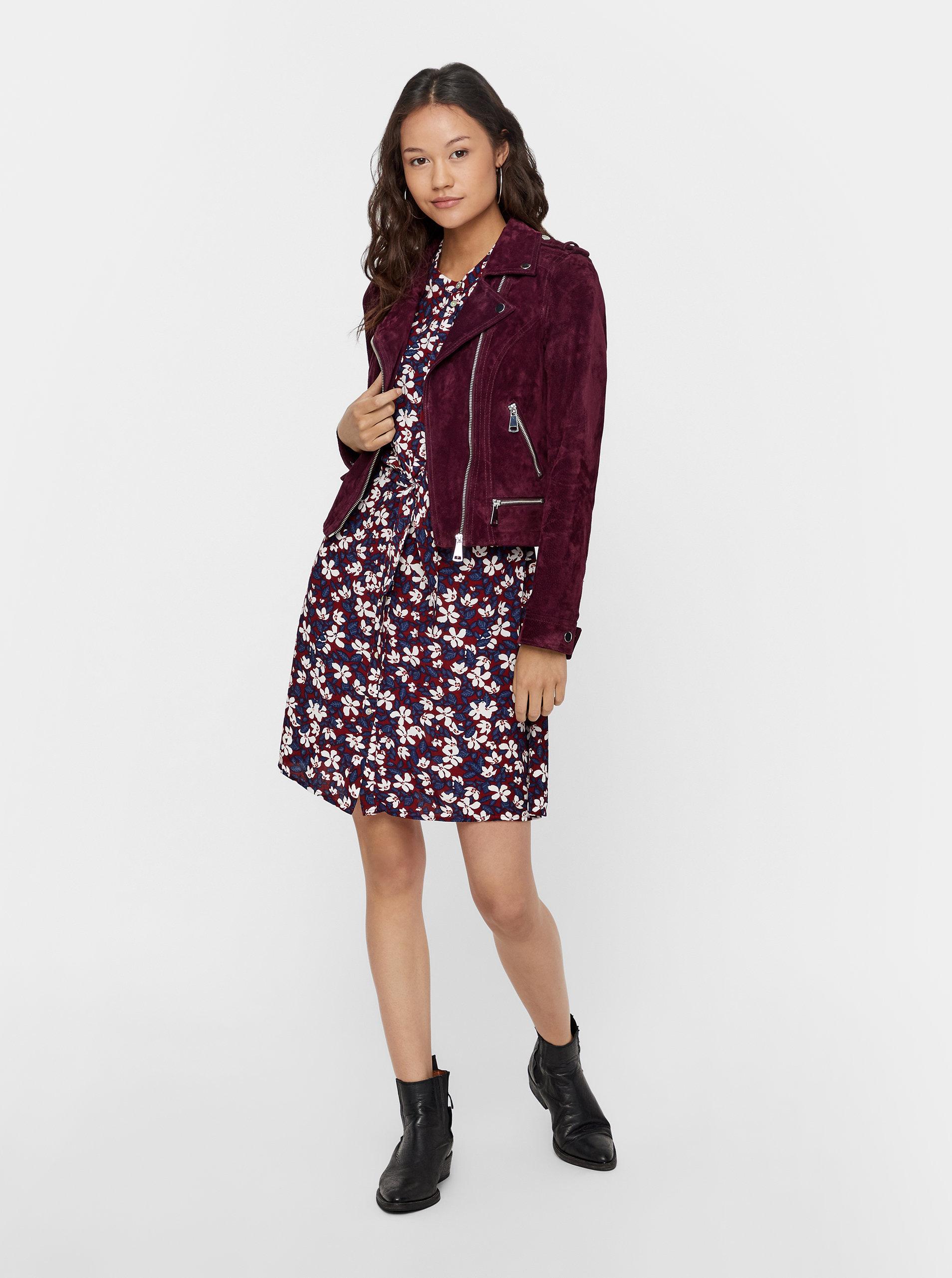 35606c971915 Vínové áčkové kvetované šaty VERO MODA Billia ...