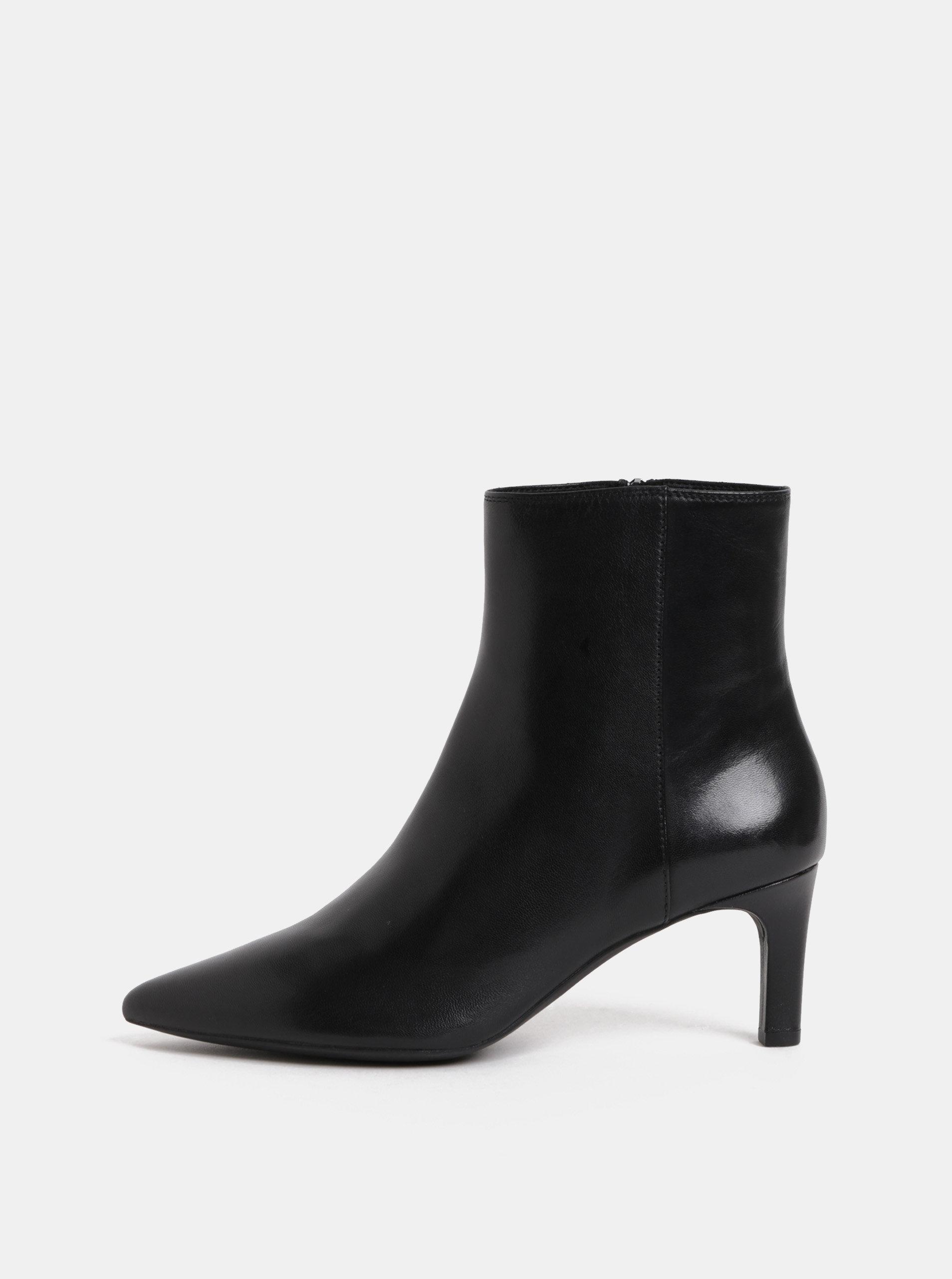 94ecdbc9a40 Černé dámské kožené kotníkové boty na úzkém podpatku Geox Bibbiana ...