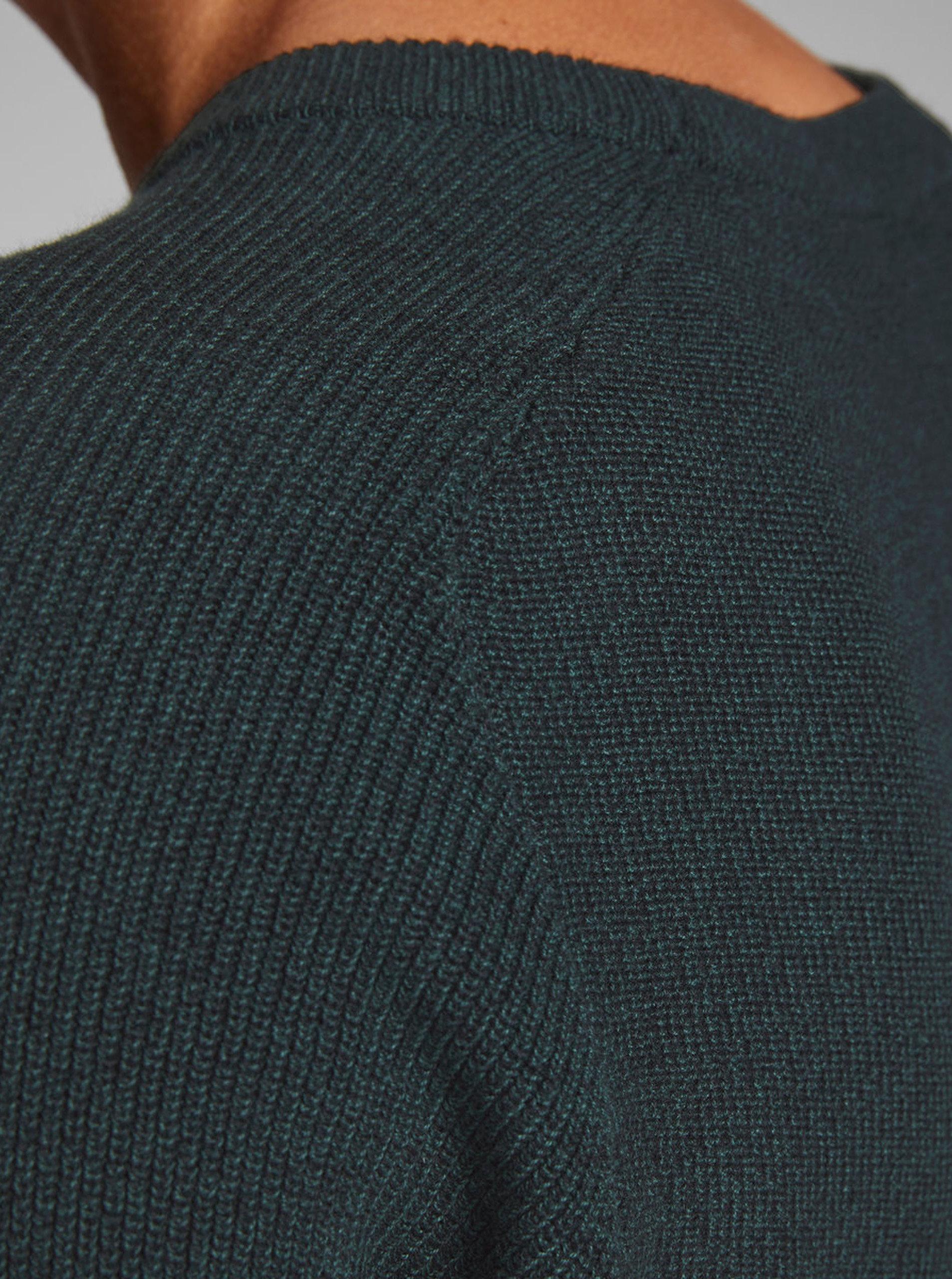 bb90aa564168 Tmavozelený melírovaný sveter Jack   Jones Maine ...
