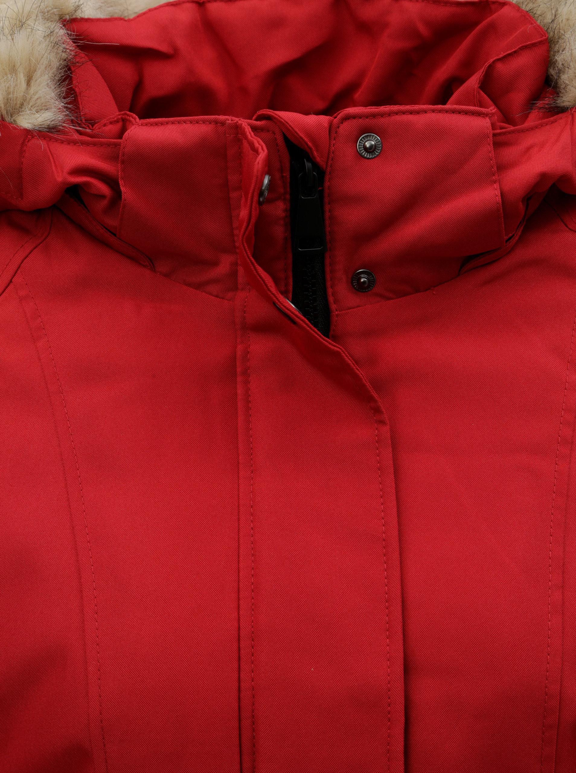 f086777afdb1 Červená zimní parka s umělým kožíškem VERO MODA Magic ...