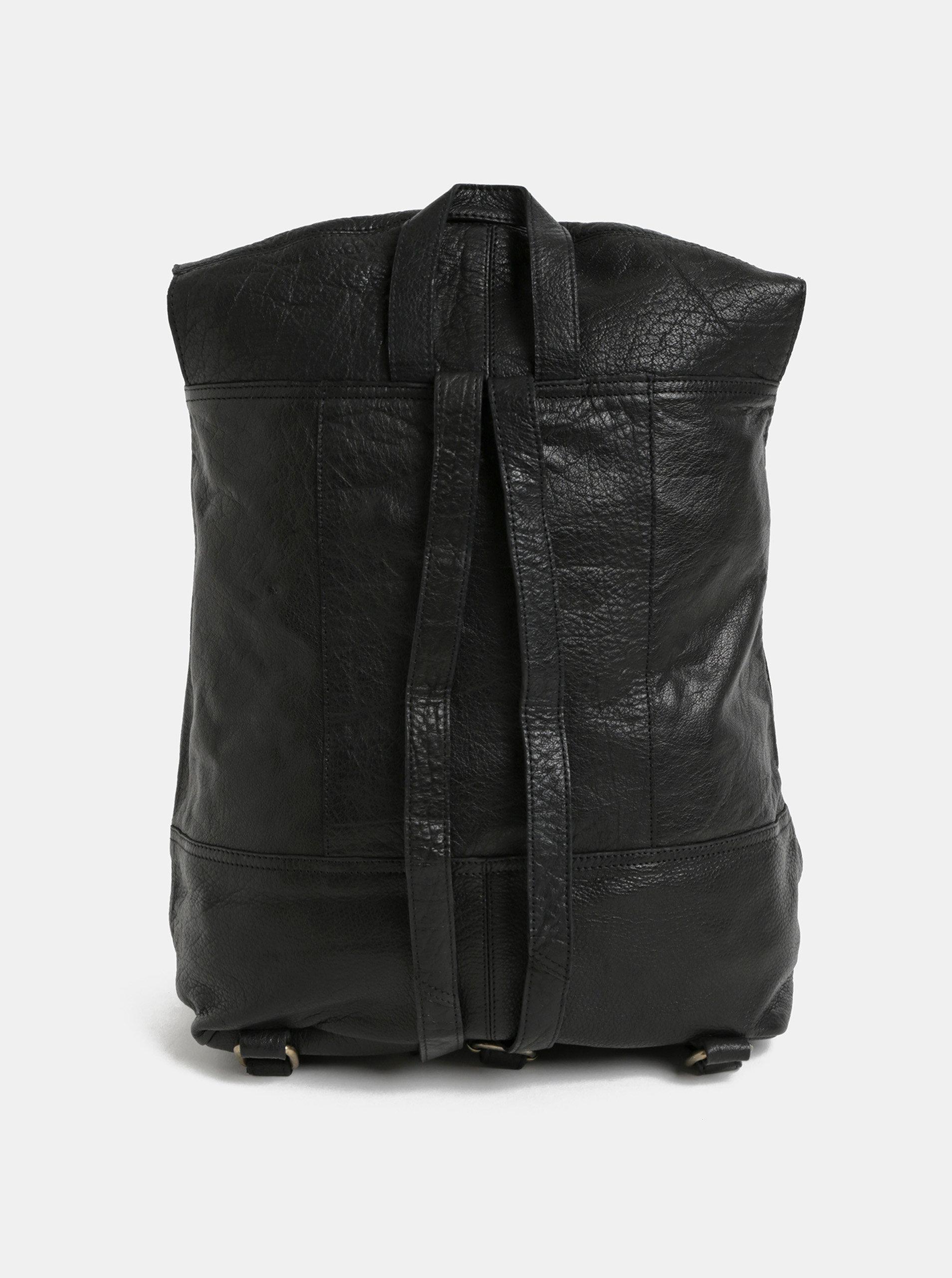 7aff7885acf Černý kožený batoh Pieces Tyra ...
