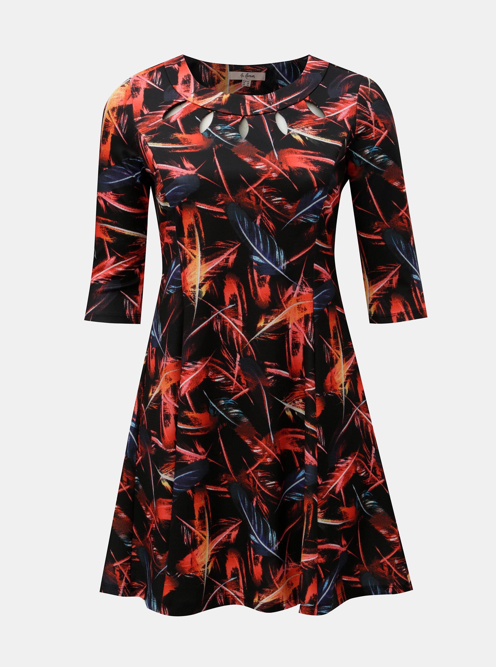 8acb4d3d57d4 Červeno–čierne vzorované šaty s prestrihmi v dekolte a motívom pierok La  Lemon ...