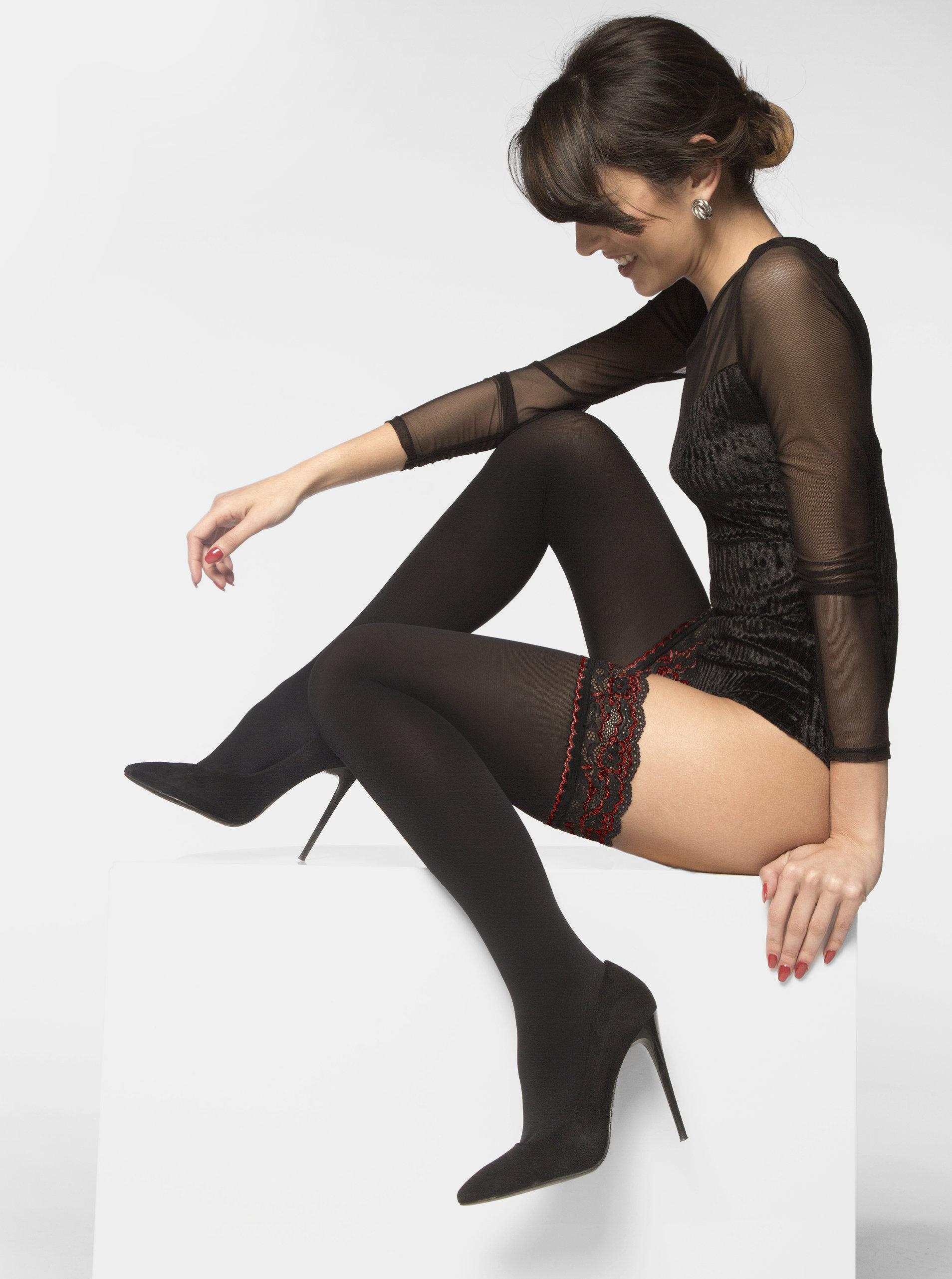 9a526701dca Černé samodržící punčochy s krajkovým lemem Andrea Bucci Opaque Lace Top 50  DEN ...