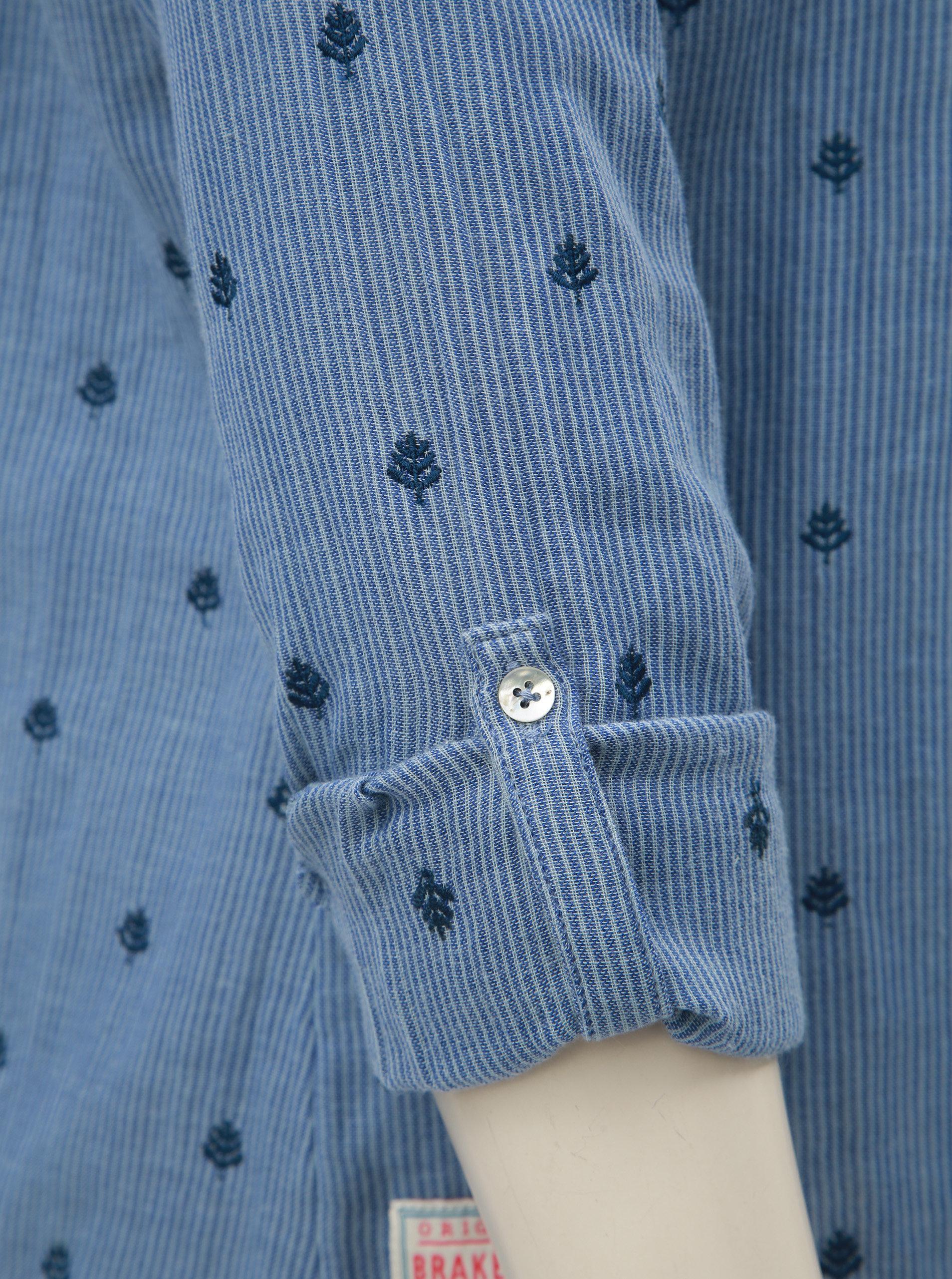 65528962c861 Modrá pruhovaná dámská halenka s drobnou výšivkou Brakeburn ...