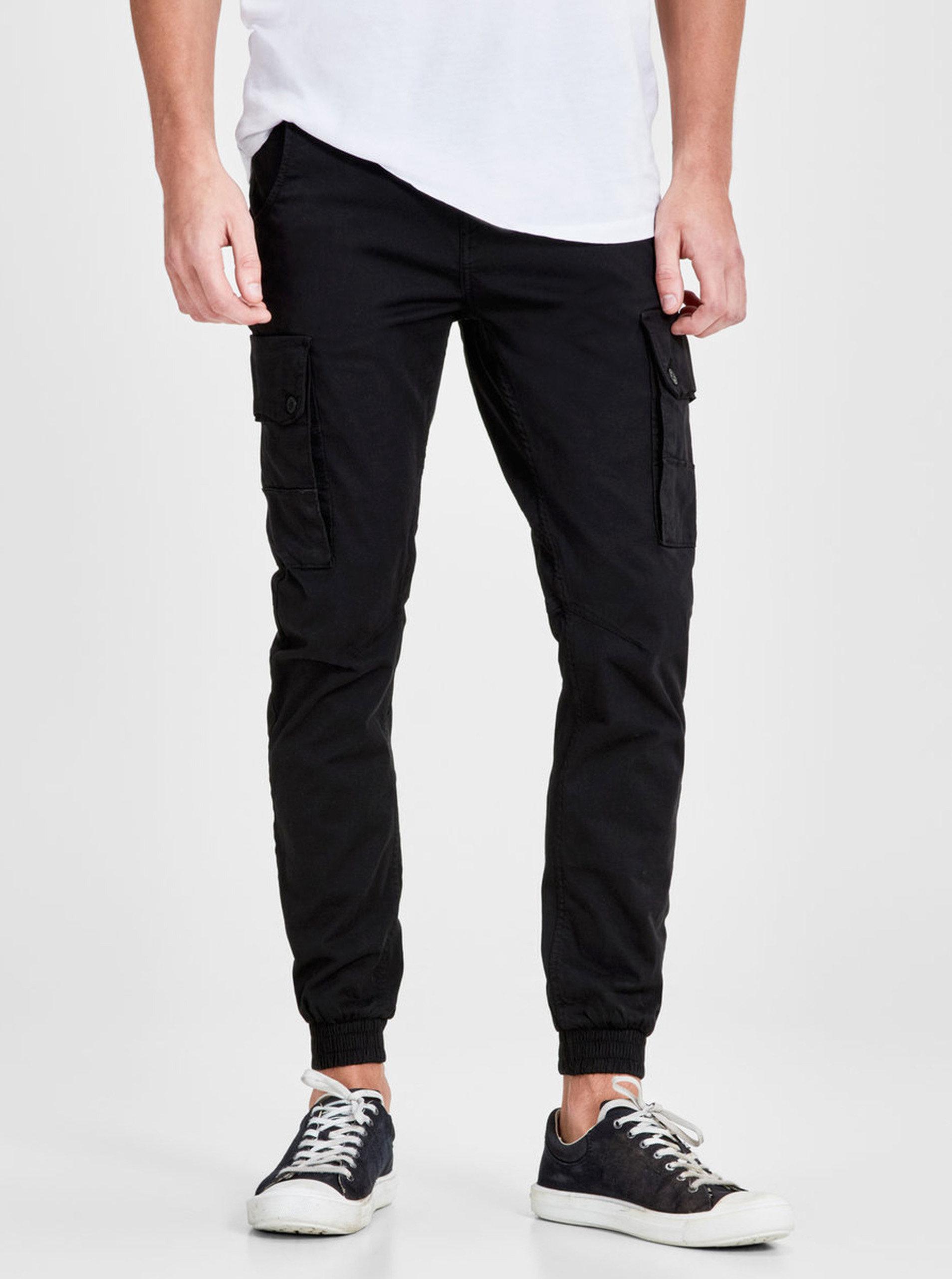 925575b98c6 Černé kalhoty s kapsami Jack   Jones Paul ...