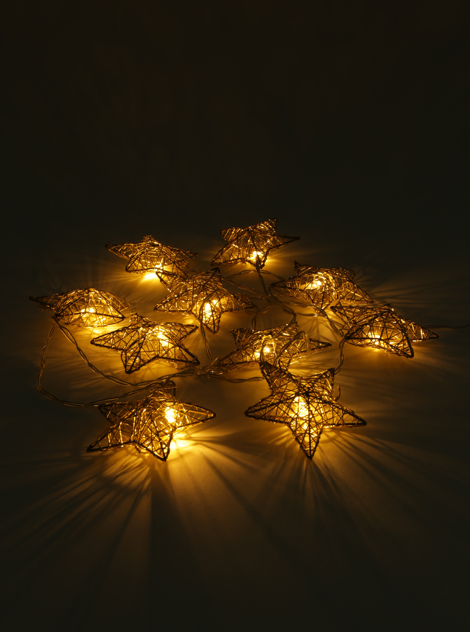 c07a9c045 LED svetelná reťaž v tvare hviezd v zlatej farbe Kaemingk | ZOOT.sk