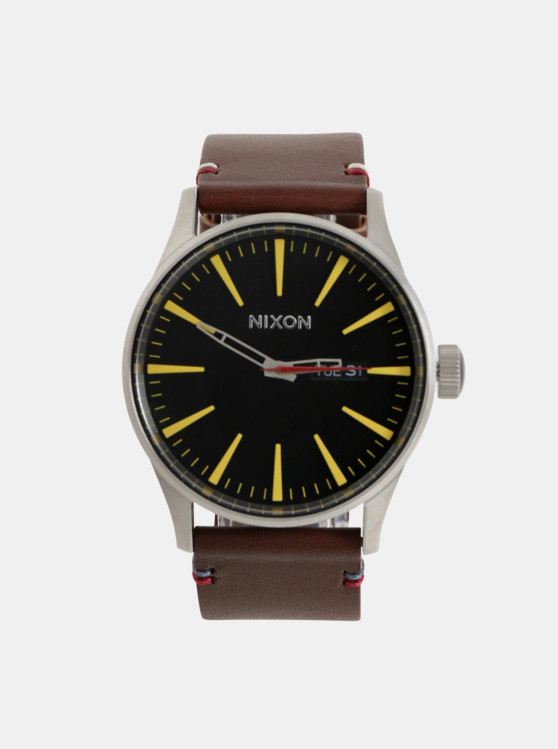 57d8e5c5b1b Pánske hodinky s tmavohnedým koženým remienkom NIXON ...
