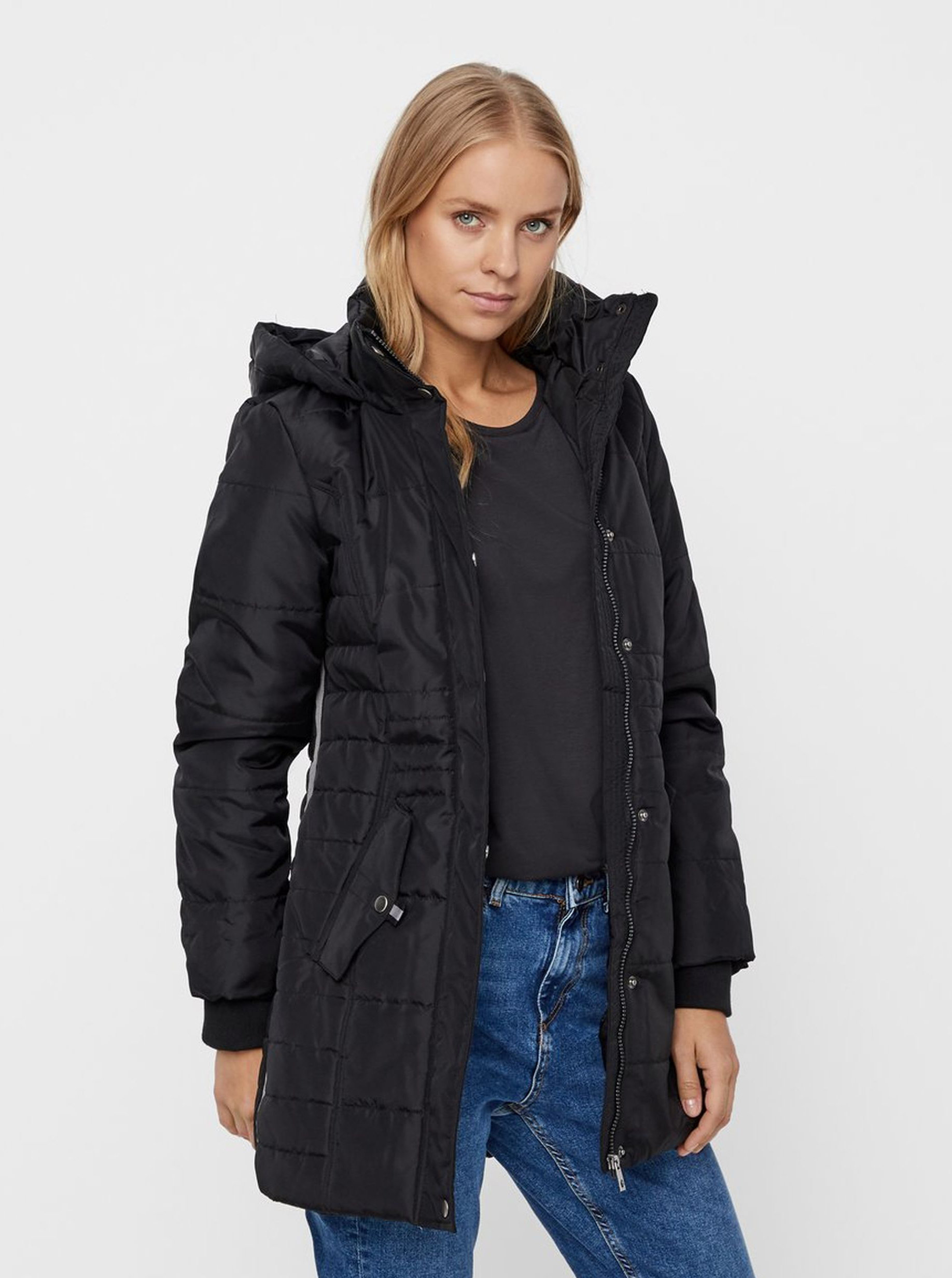 Černý zimní kabát VERO MODA Idol ... da87a036077
