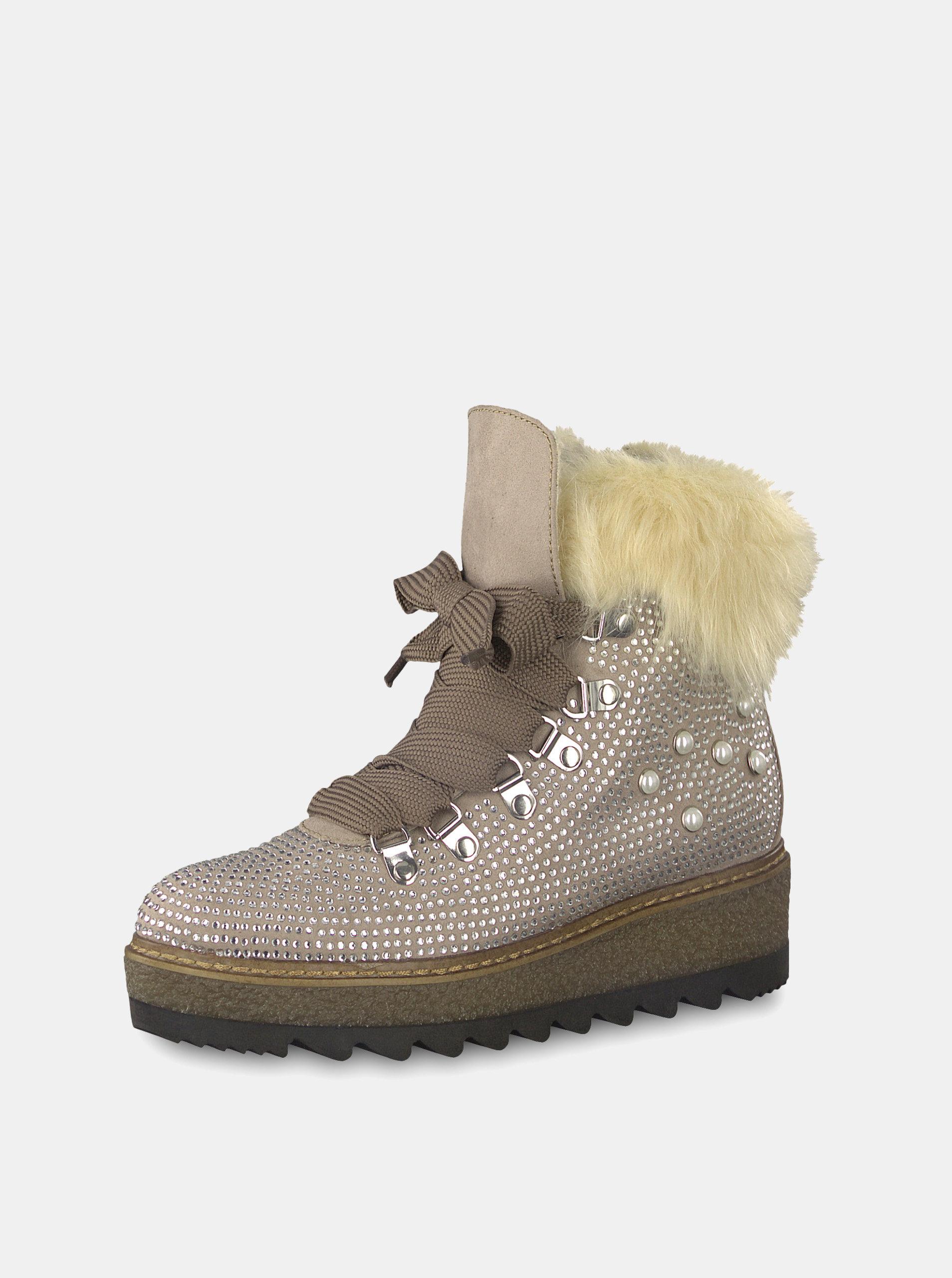78330e44f064 Béžové zimné topánky v semišovej úprave na platforme s ozdobnými kamienkami  Tamaris ...