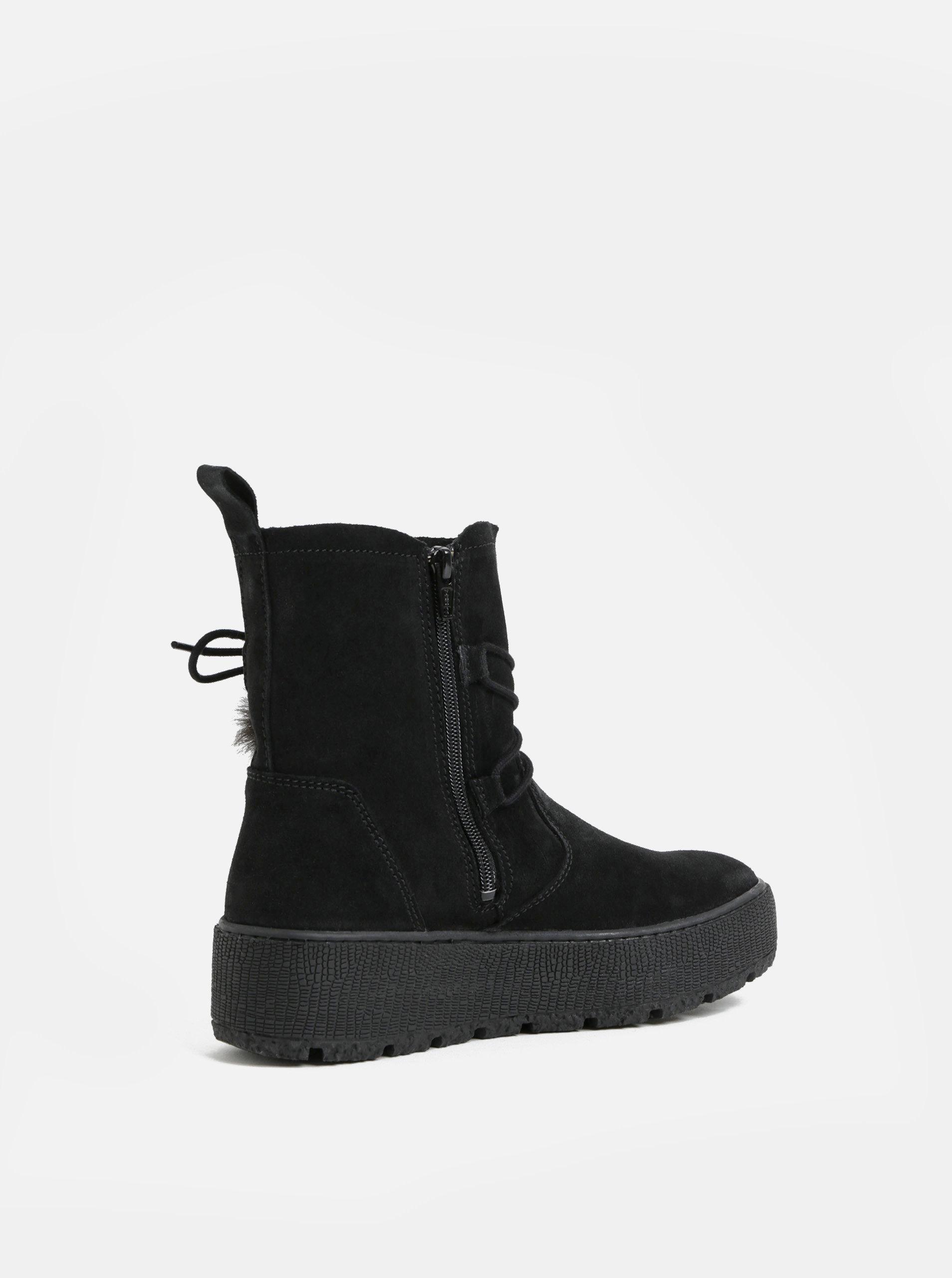 3e0188429f Černé semišové kotníkové zimní boty na platformě Tamaris ...