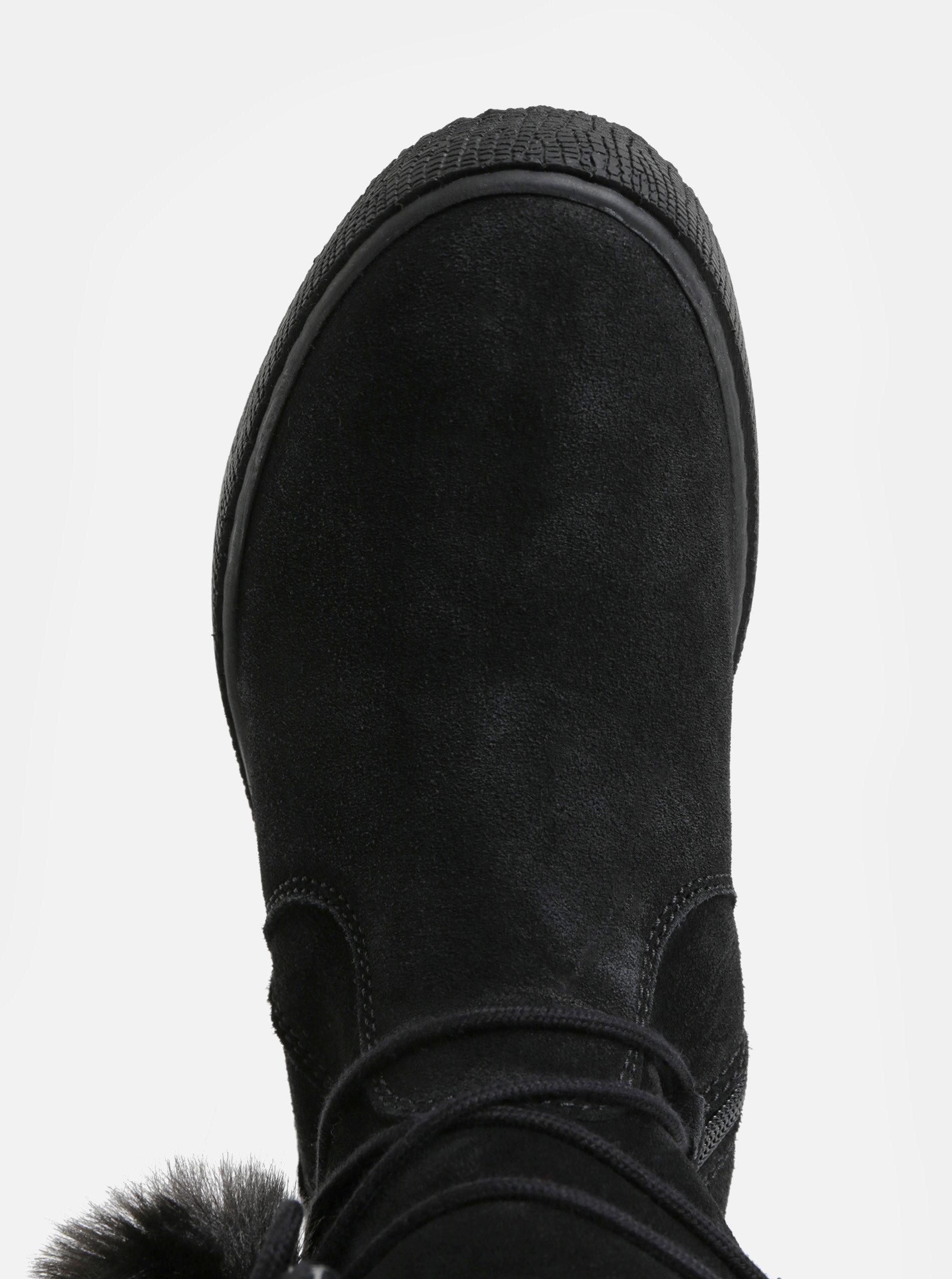 719e9443d4c Černé semišové kotníkové zimní boty na platformě Tamaris ...
