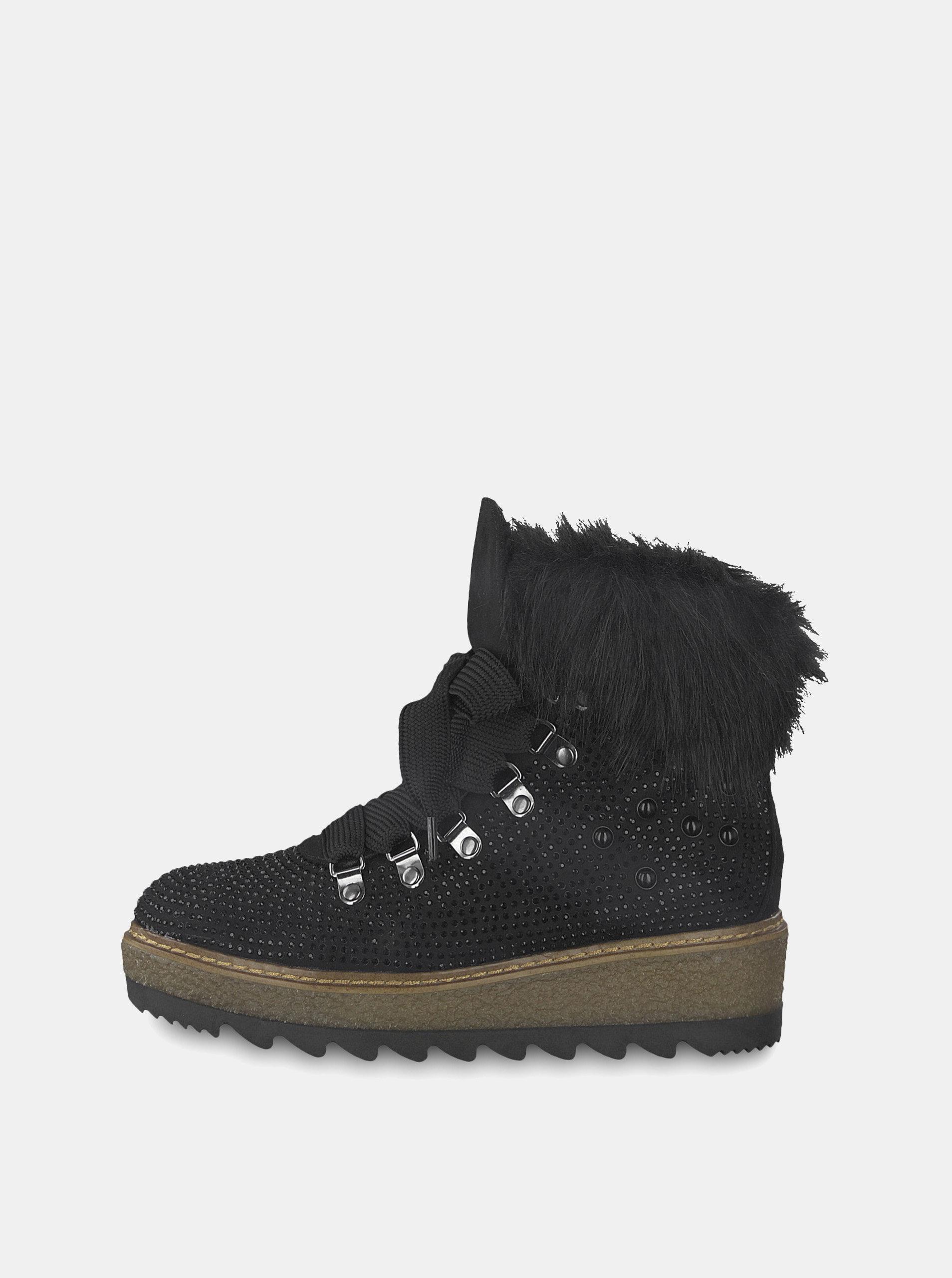 d0d095911cee Černé zimní boty v semišové úpravě na platformě s ozdobnými kamínky Tamaris  ...