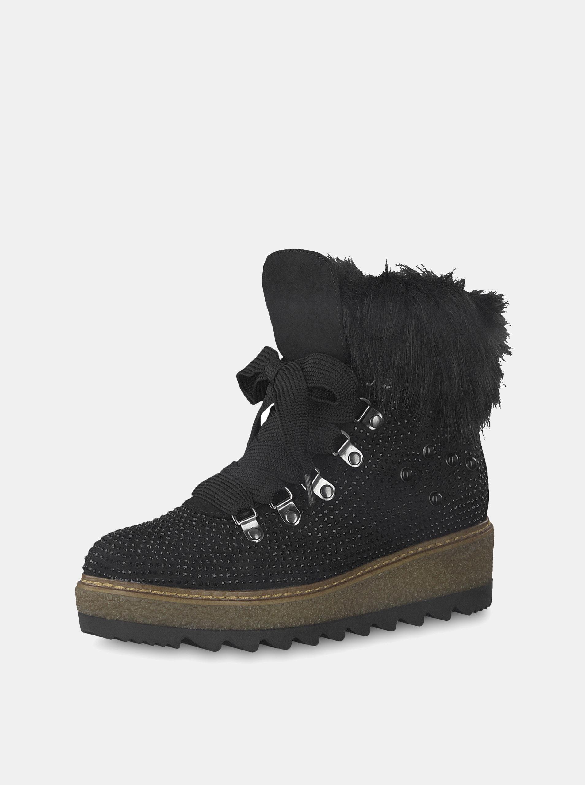 8789242c3ad Černé zimní boty v semišové úpravě na platformě s ozdobnými kamínky Tamaris  ...