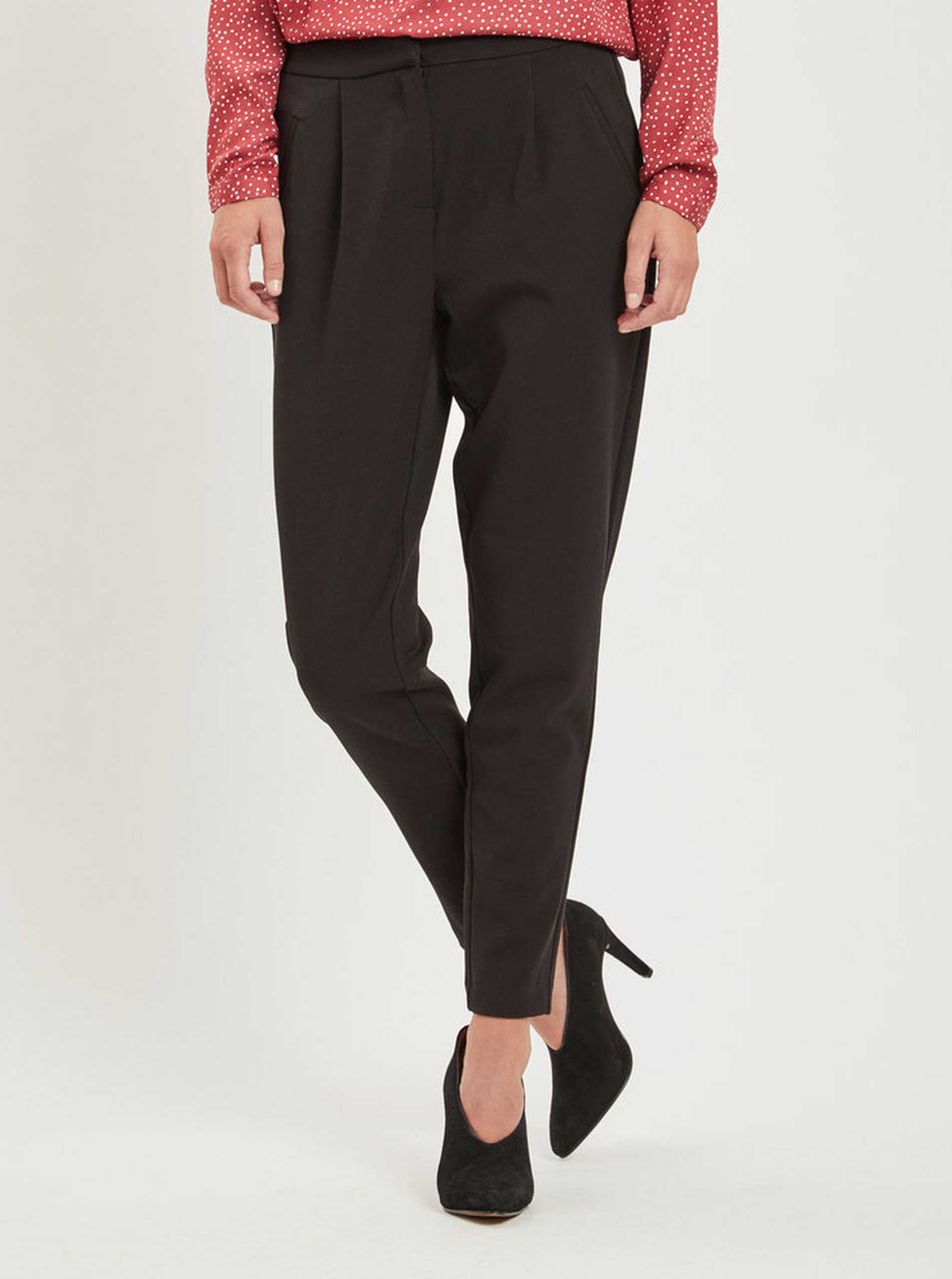 Černé kalhoty s kapsami VILA Rena ... d1dae3dba4