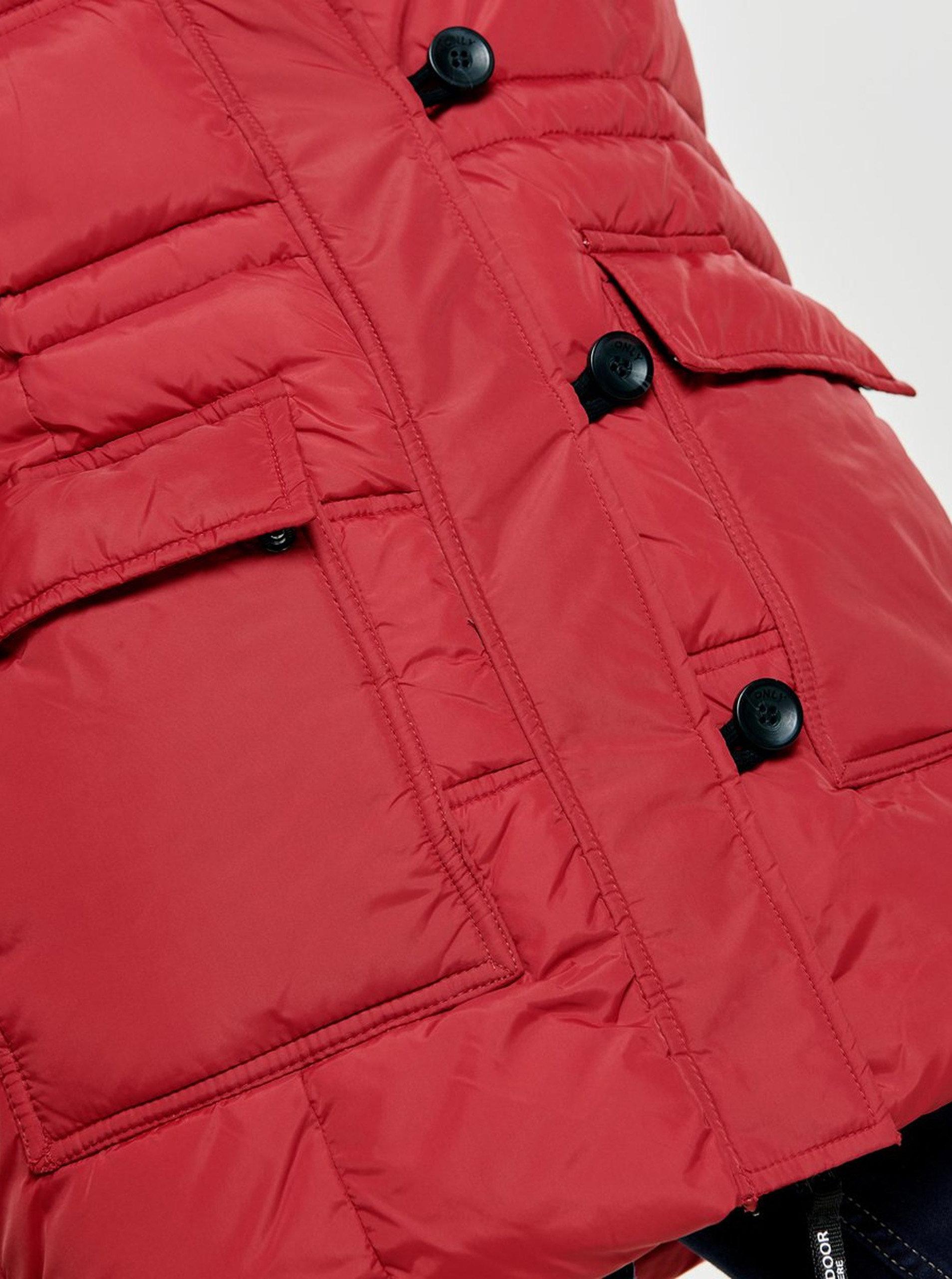 Červený prošívaný zimní kabát s odnímatelnou kapucí ONLY Newottowa ... bbe083b8f0