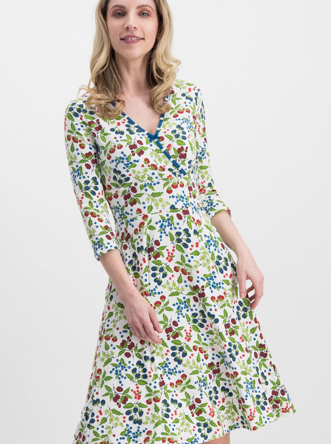 d9c100671424 Biele vzorované šaty Blutsgeschwister Falleri Fallera ...