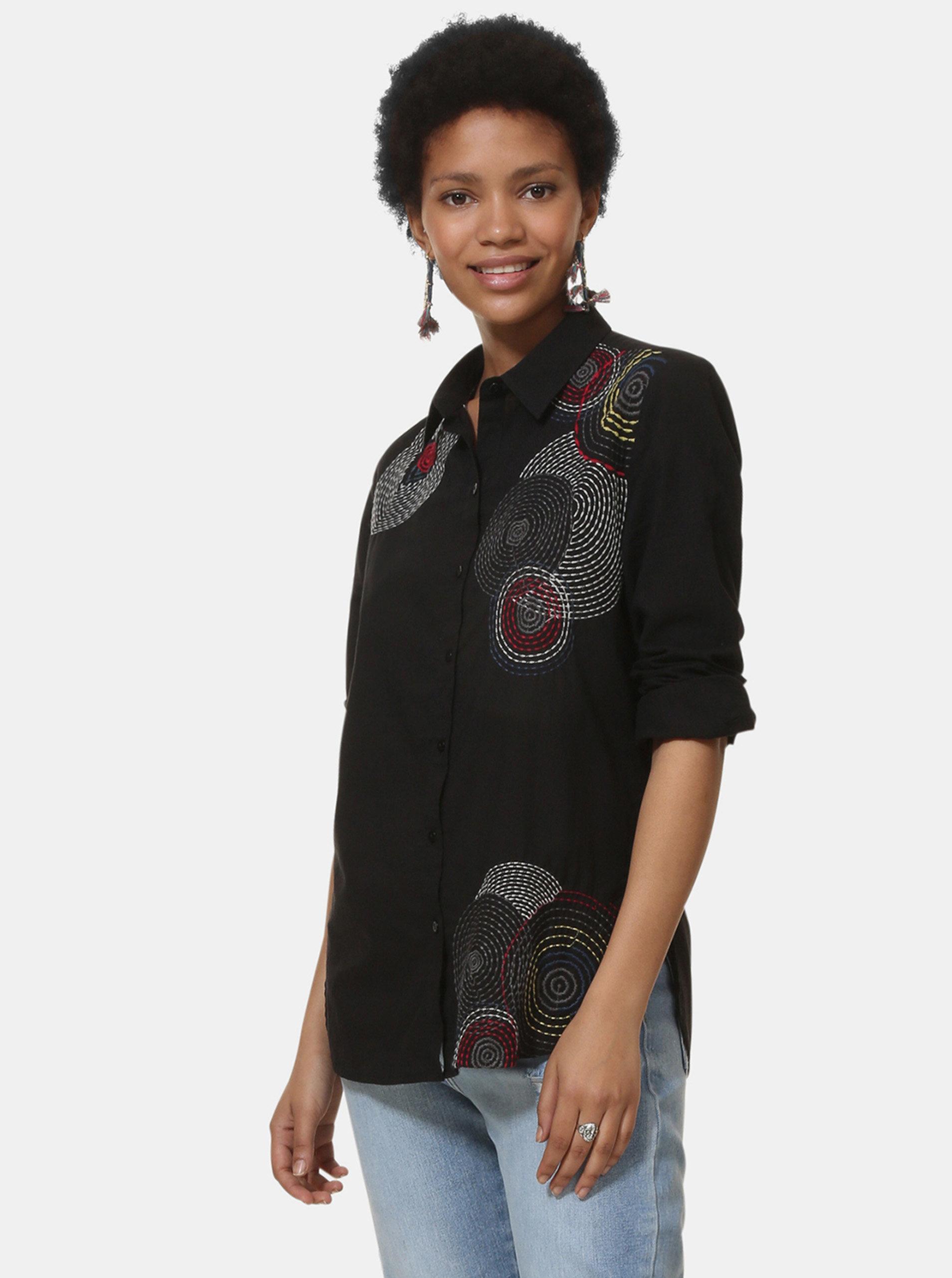 6c6d63af3506 Čierna košeľa s výšivkou Desigual Sintra ...