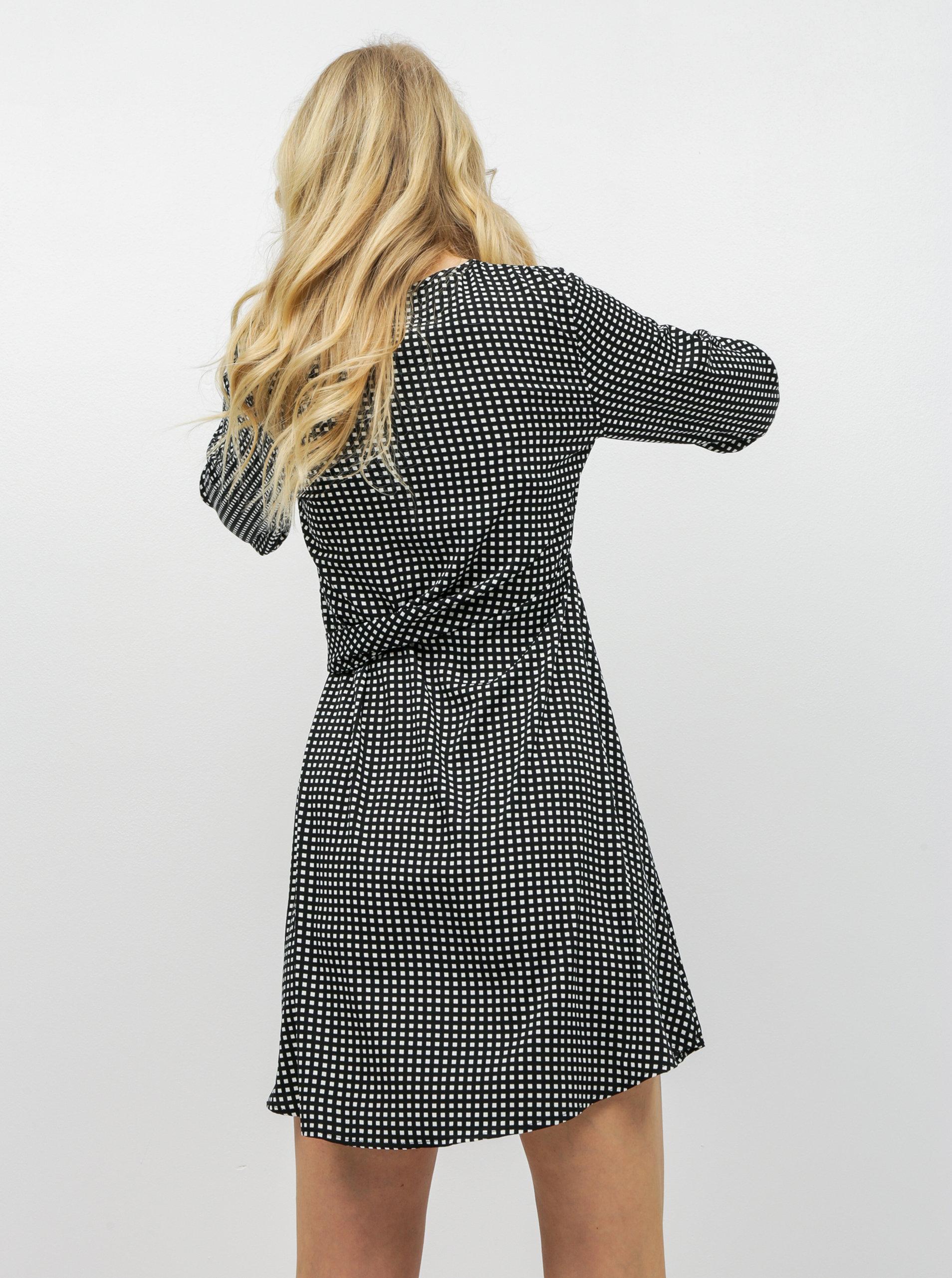 85b985d53 Čierno–biele kockované šaty s mašľou VERO MODA Square | ZOOT.sk