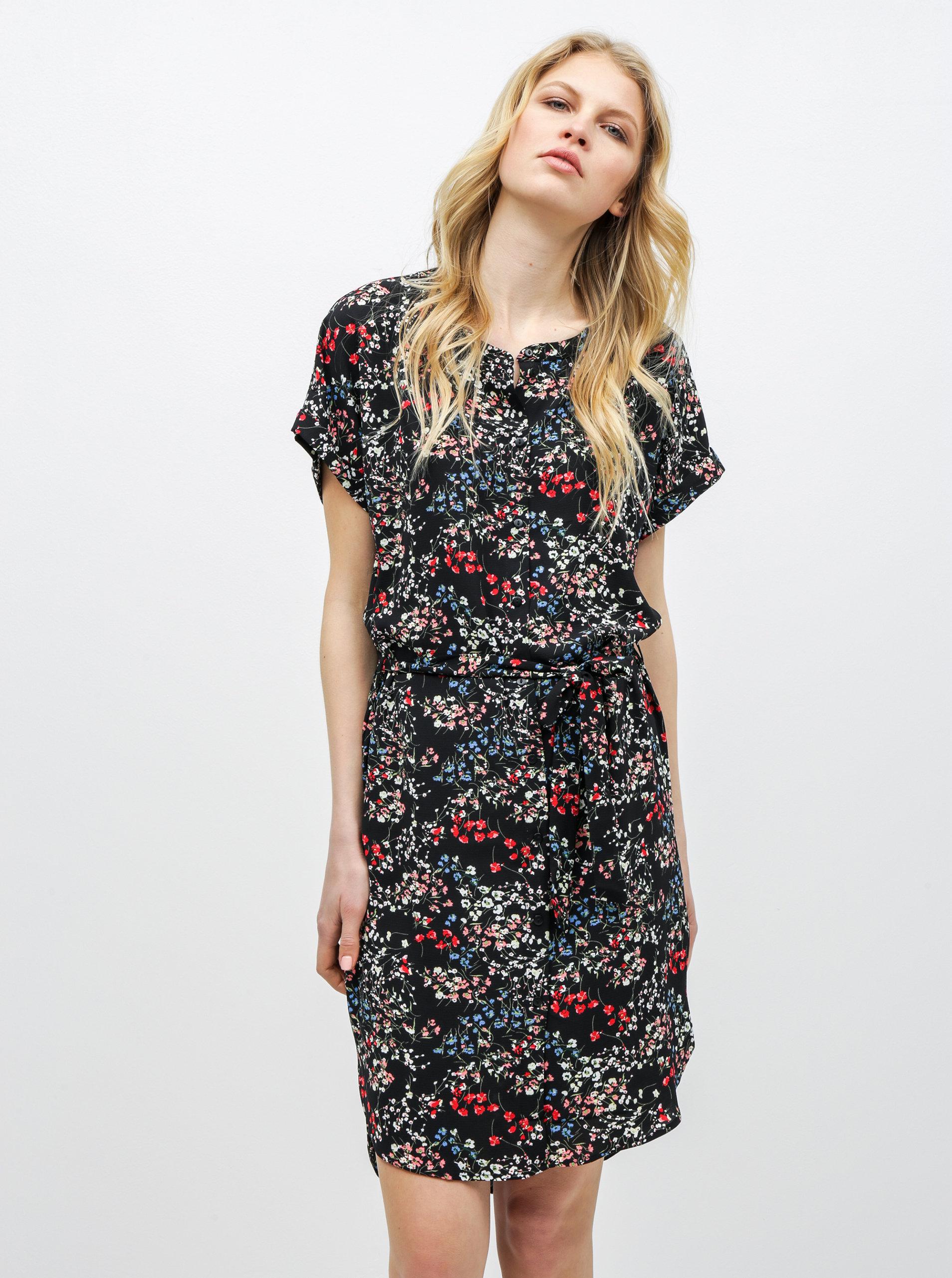 ca5747ded2df Černé květované šaty Jacqueline de Yong Josephine ...