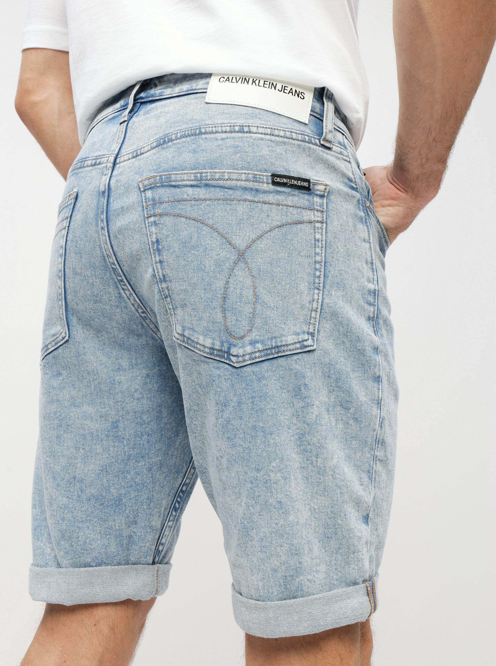 a701ff5ff78d Svetlomodré pánske slim fit rifľové kraťasy Calvin Klein Jeans ...