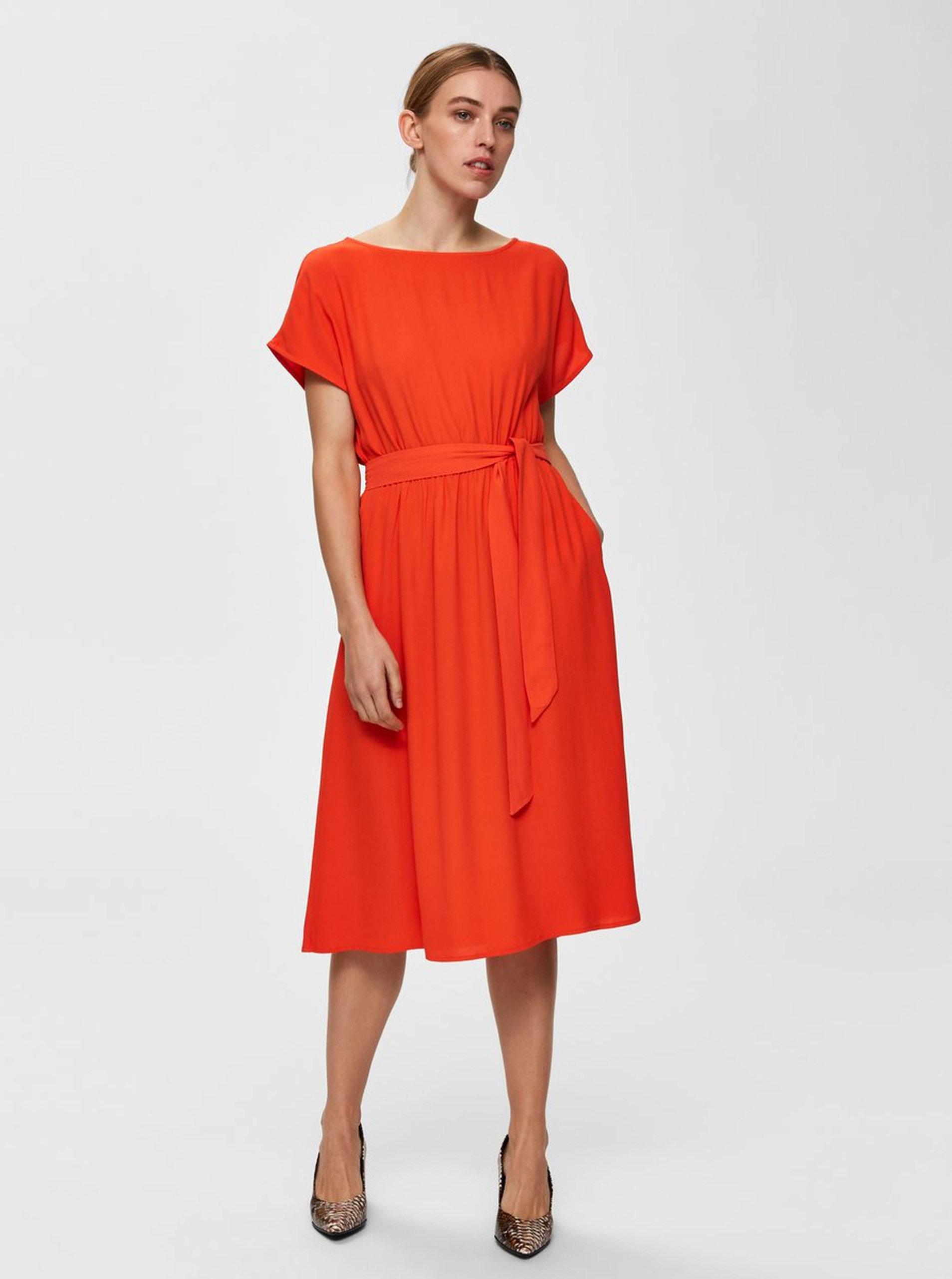 Oranžové midišaty Selected Femme Rinna