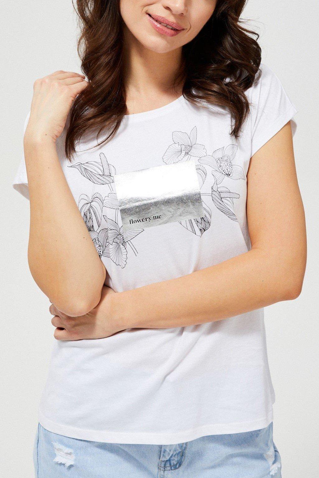 Moodo bílé tričko s černo-stříbrným motivem
