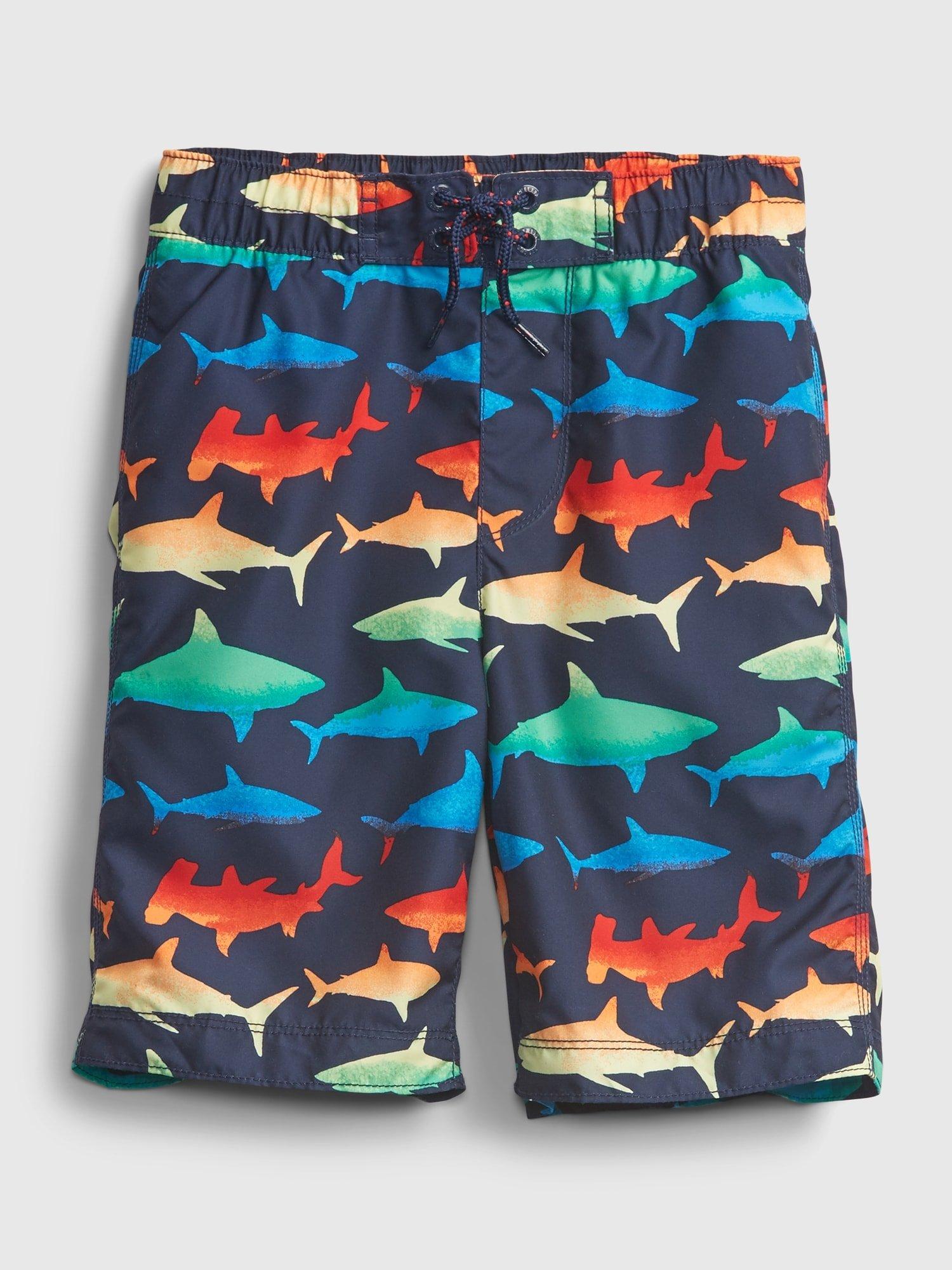Barevné klučičí dětské plavky shark 8 in board short