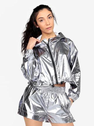 Šusťáková krátká bunda ve stříbrné barvě Ivy Park