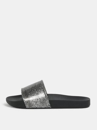 Šľapky v čiernej a striebornej farbe s trblietavým efektom Zaxy Snap Glitter Slide
