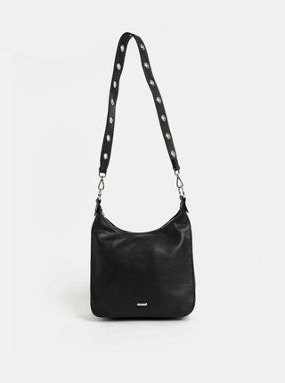 Čierna crossbody kabelka s detailmi v striebornej farbe Gionni Camellia