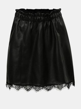 Čierna koženková sukňa s čipkovaným detailom VERO MODA Lacy