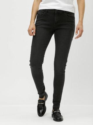 Černé dámské super skinny džíny s nezakončeným lemem a nízkým pasem QS by s.Oliver
