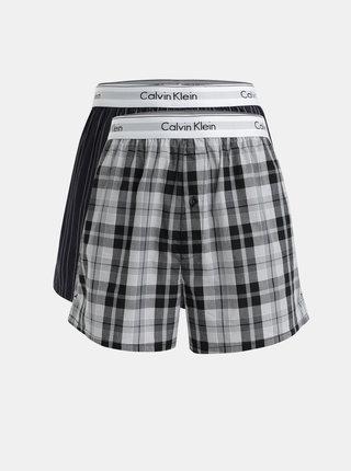 Balenie dvoch vzorovaných trenírok v tmavosivej a sivej farbe Calvin Klein Underwear