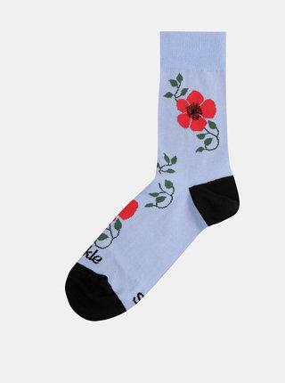 Světle modré dámské květované ponožky Fusakle Šípová ruža