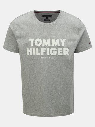 Šedé pánské žíhané tričko s potiskem Tommy Hilfiger
