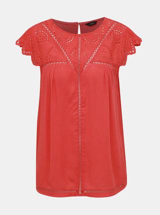 Červený top s madeirou M&Co